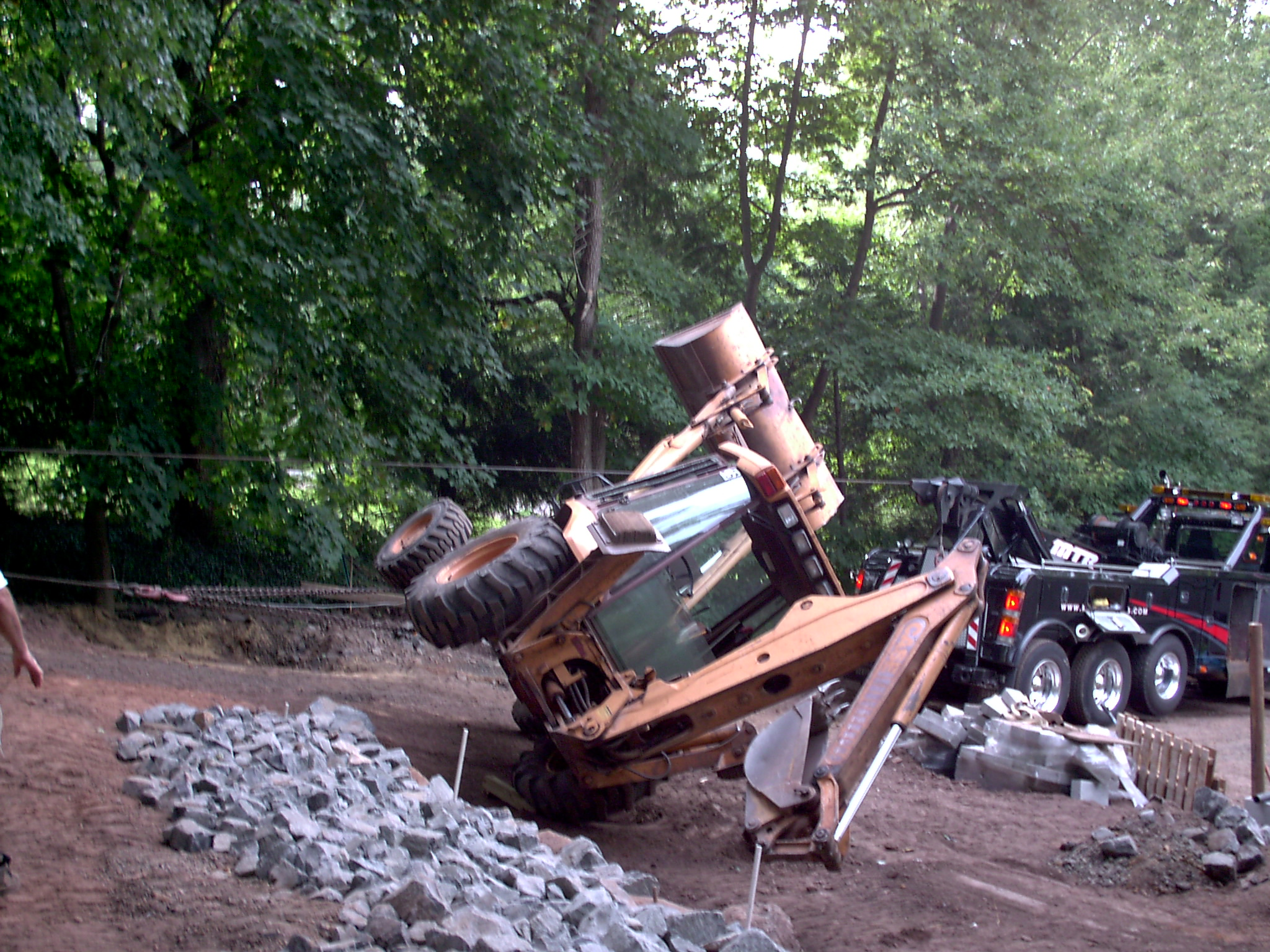 Mike's Towing & Recovery image 17