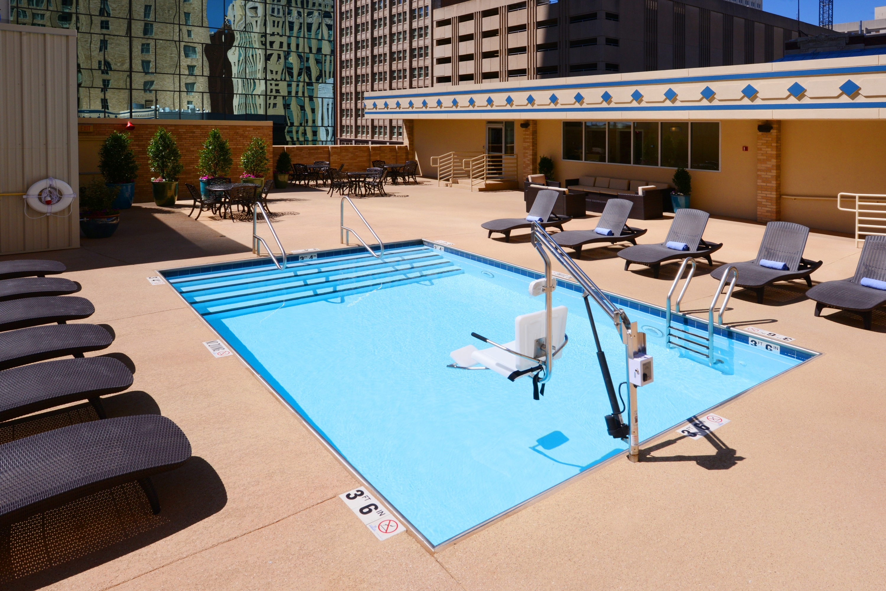 Courtyard by Marriott Fort Worth Downtown/Blackstone image 18