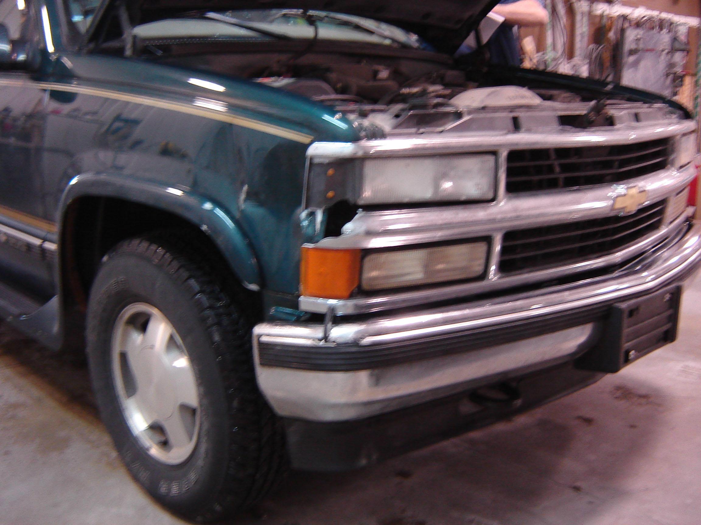 Truck Stylin & Collision Inc image 4
