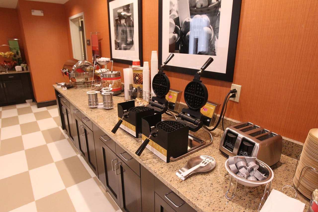 Hampton Inn & Suites Seneca-Clemson Area image 6