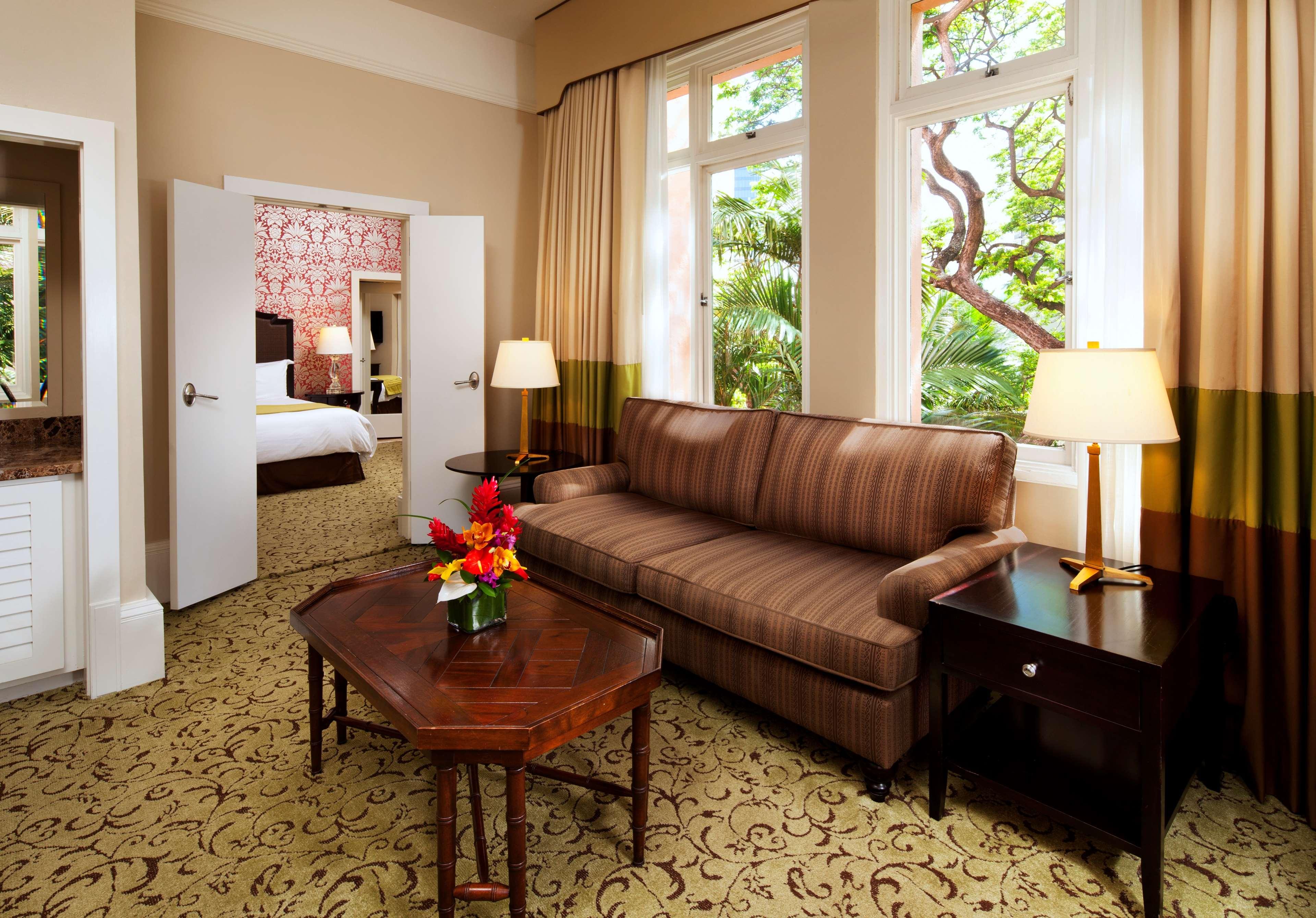The Royal Hawaiian, a Luxury Collection Resort, Waikiki image 7
