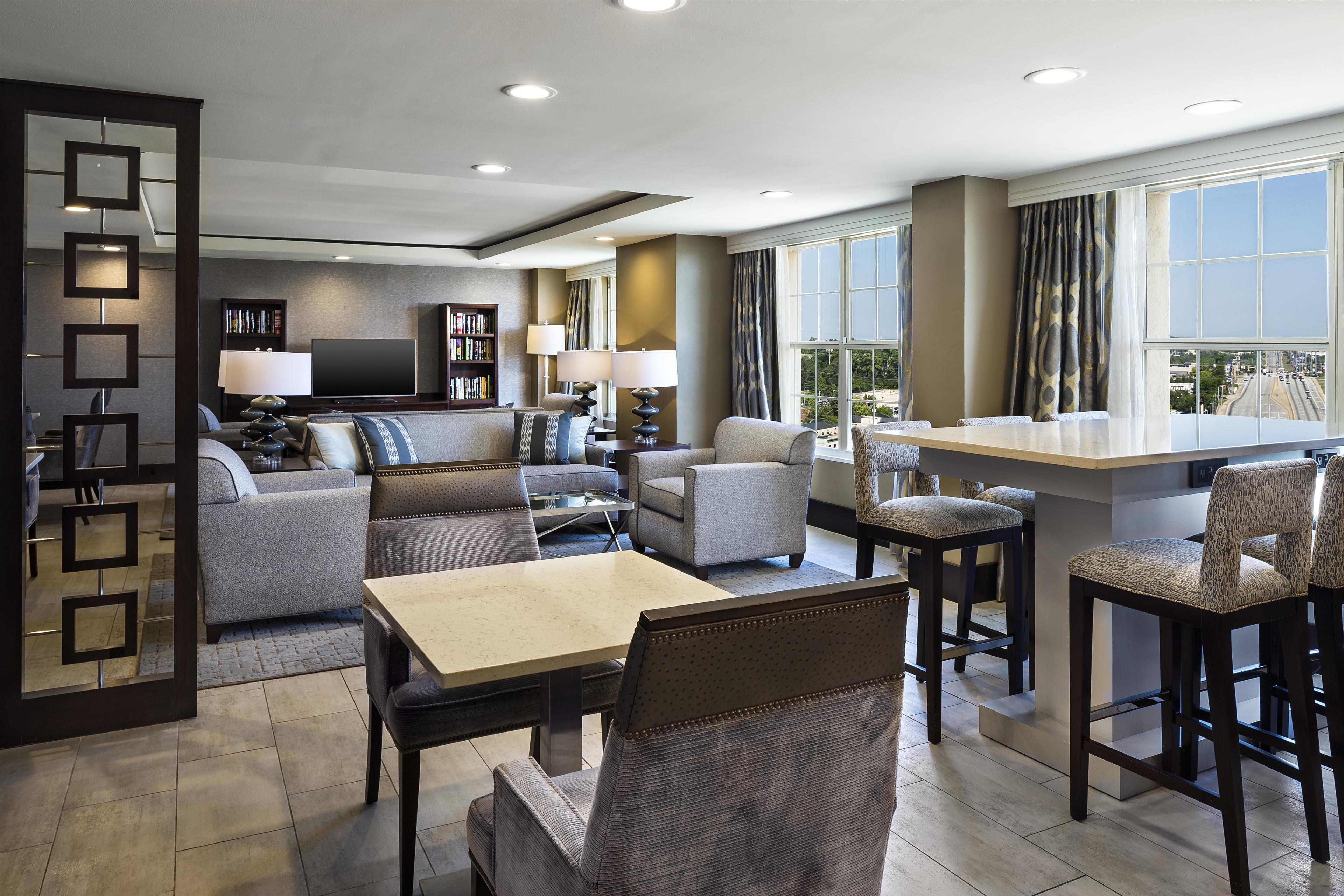 Sheraton Suites Galleria-Atlanta image 12
