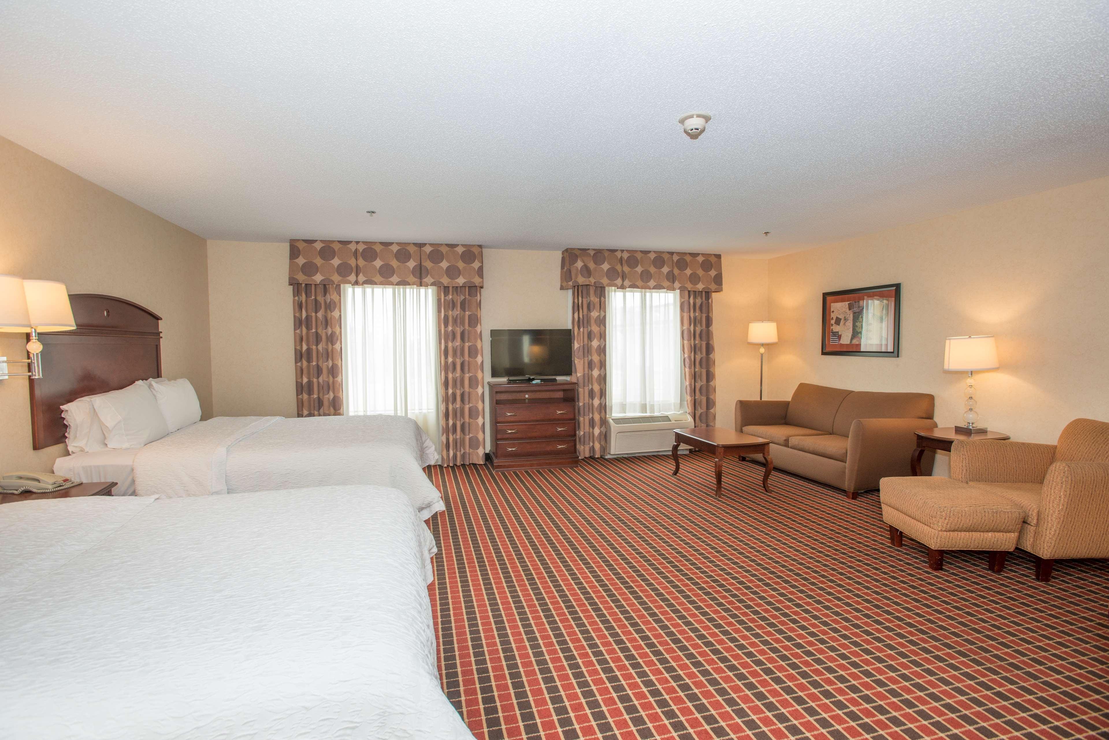 Hampton Inn & Suites Dayton-Airport image 25