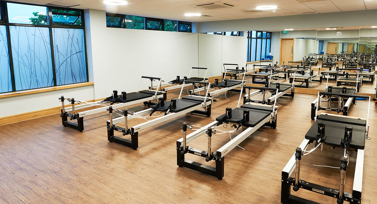 David lloyd raynes park fitness consultants in west