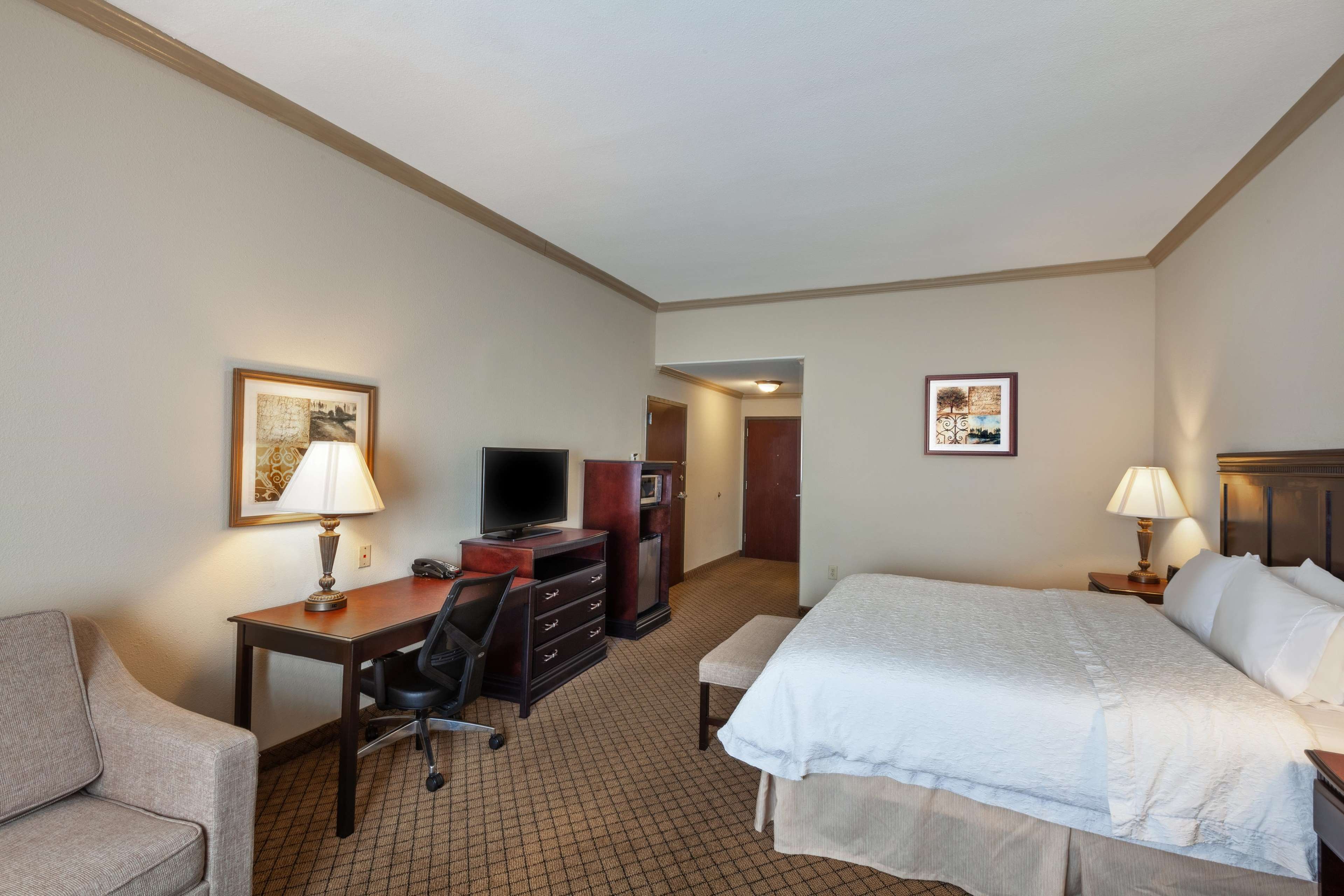 Hampton Inn & Suites Galveston image 26