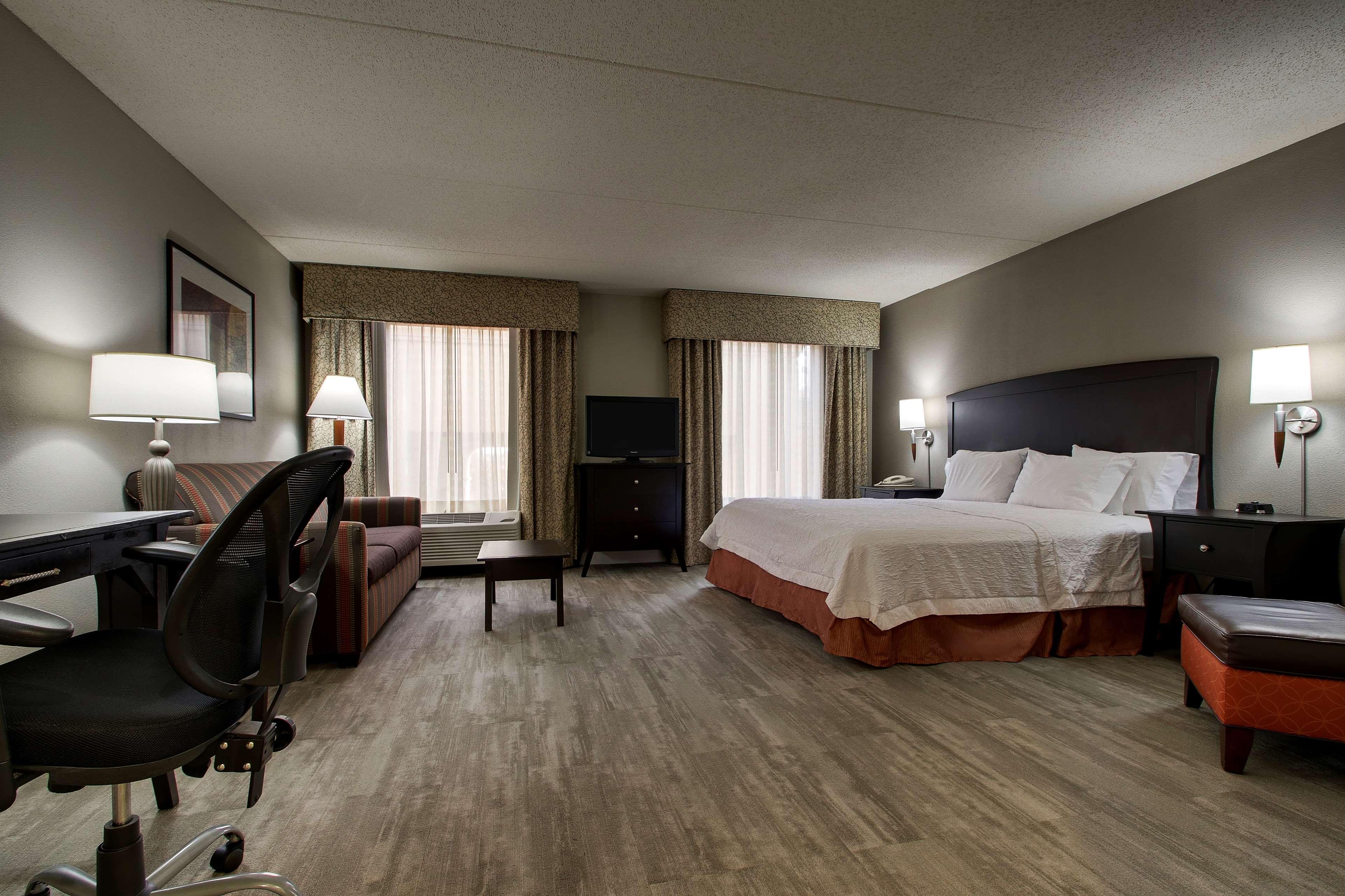Hampton Inn & Suites Spartanburg-I-26-Westgate Mall image 23