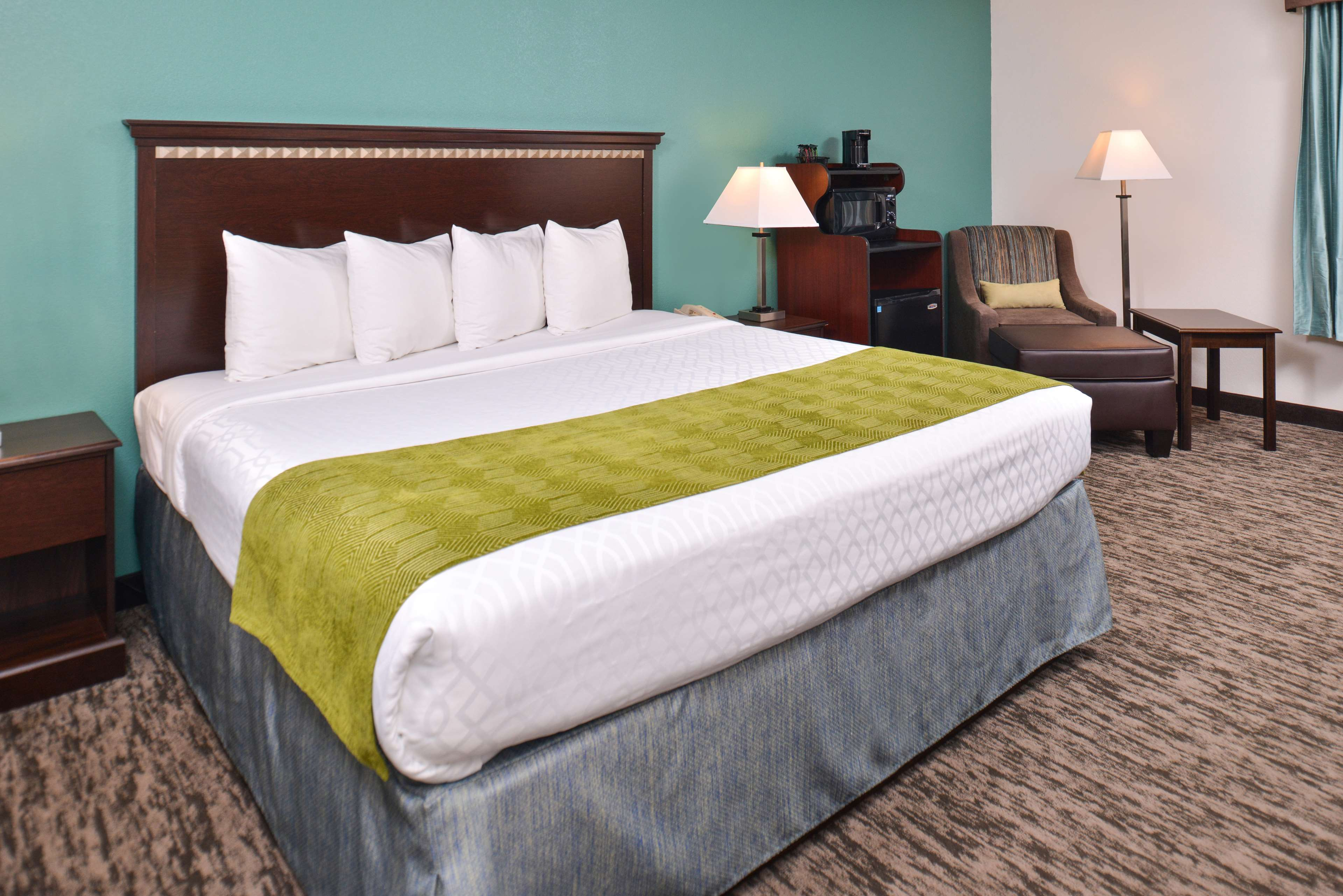 Best Western Plus Chicagoland - Countryside image 28