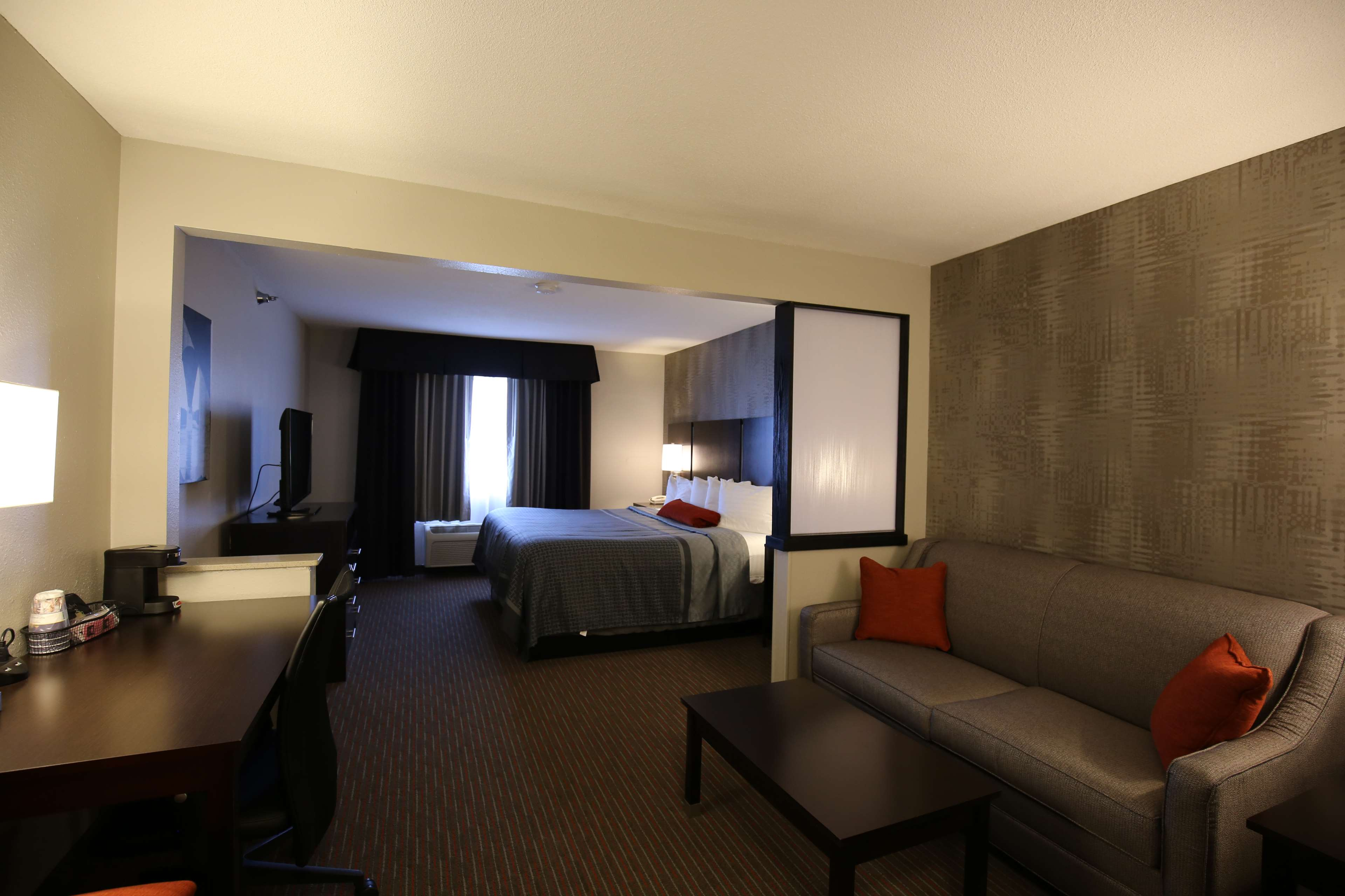 Best Western Pearl City Inn image 9