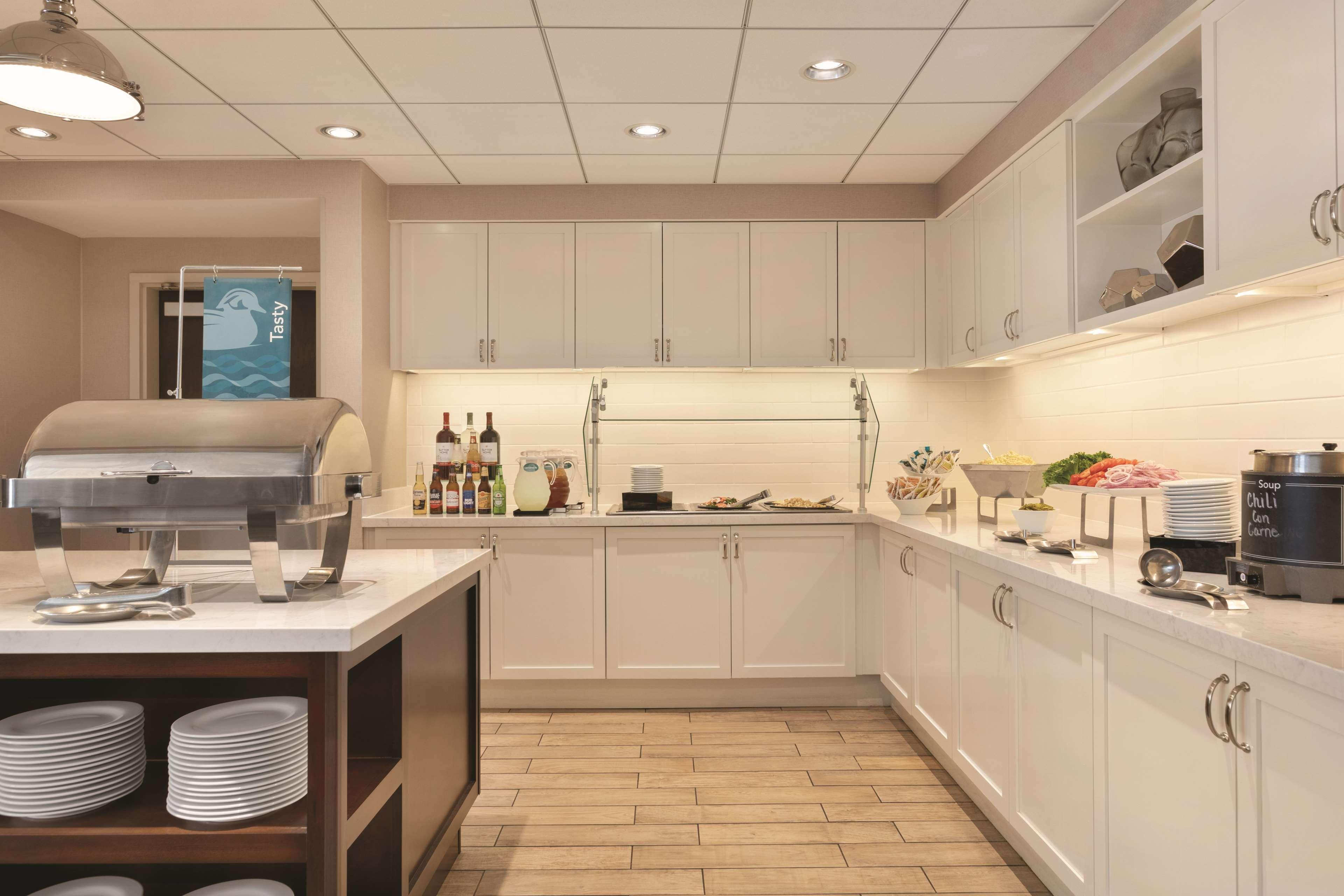 Homewood Suites by Hilton Detroit-Troy image 11