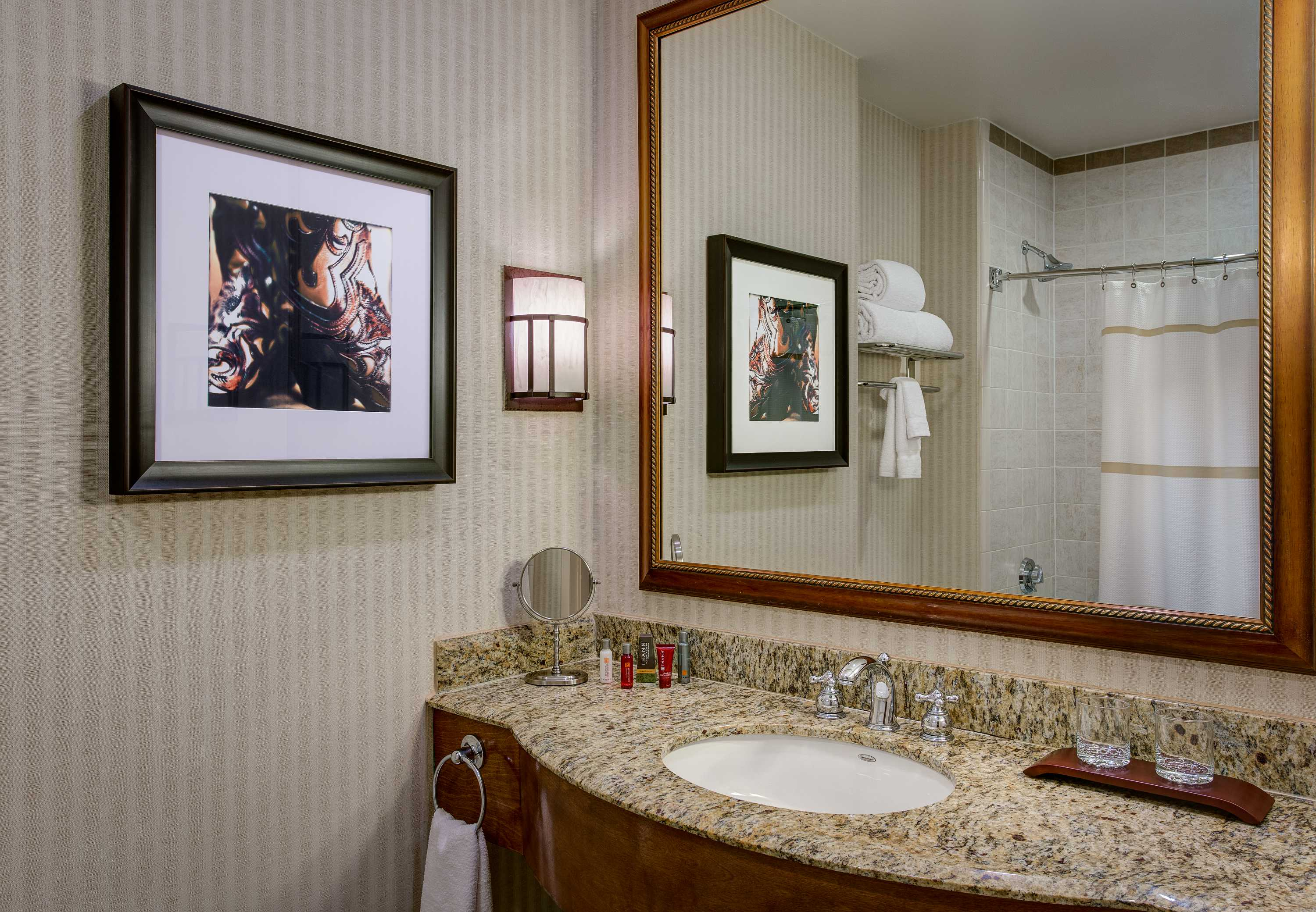 Dallas/Plano Marriott at Legacy Town Center image 5