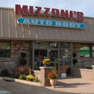 Mizzoni's Auto Body