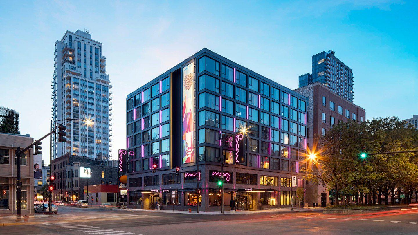 MOXY Chicago Downtown image 0