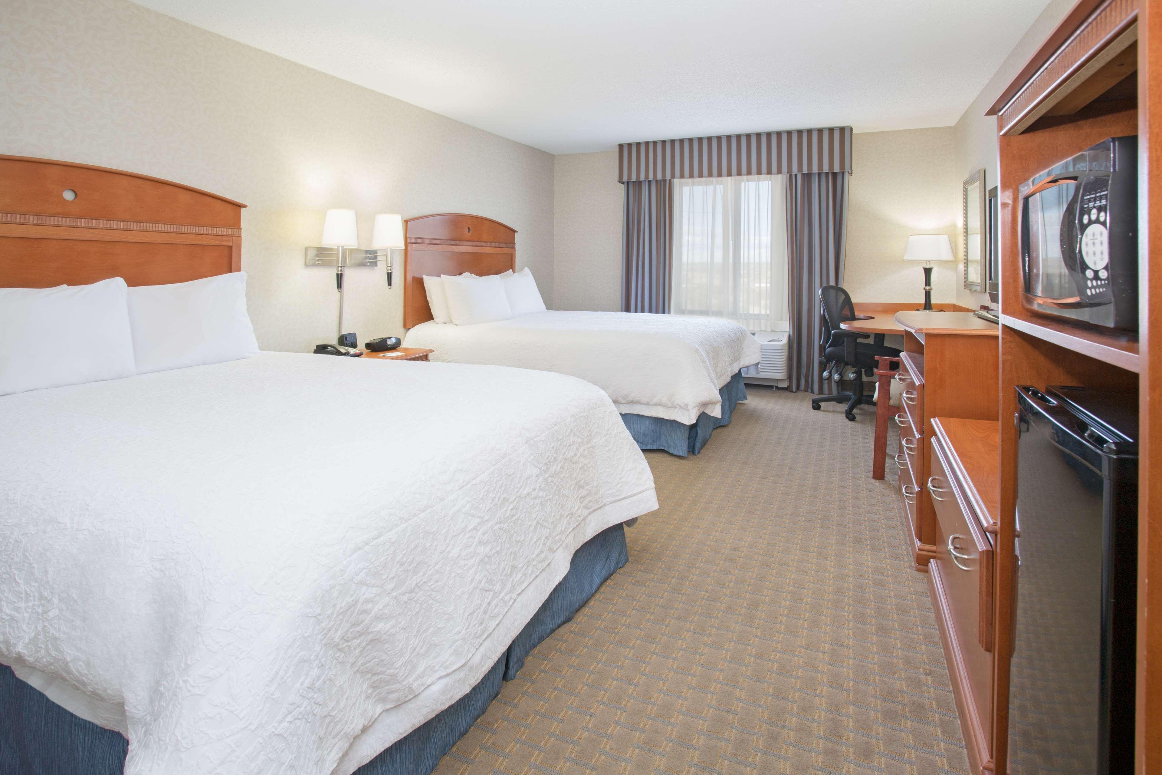 Hampton Inn Santa Rosa image 12