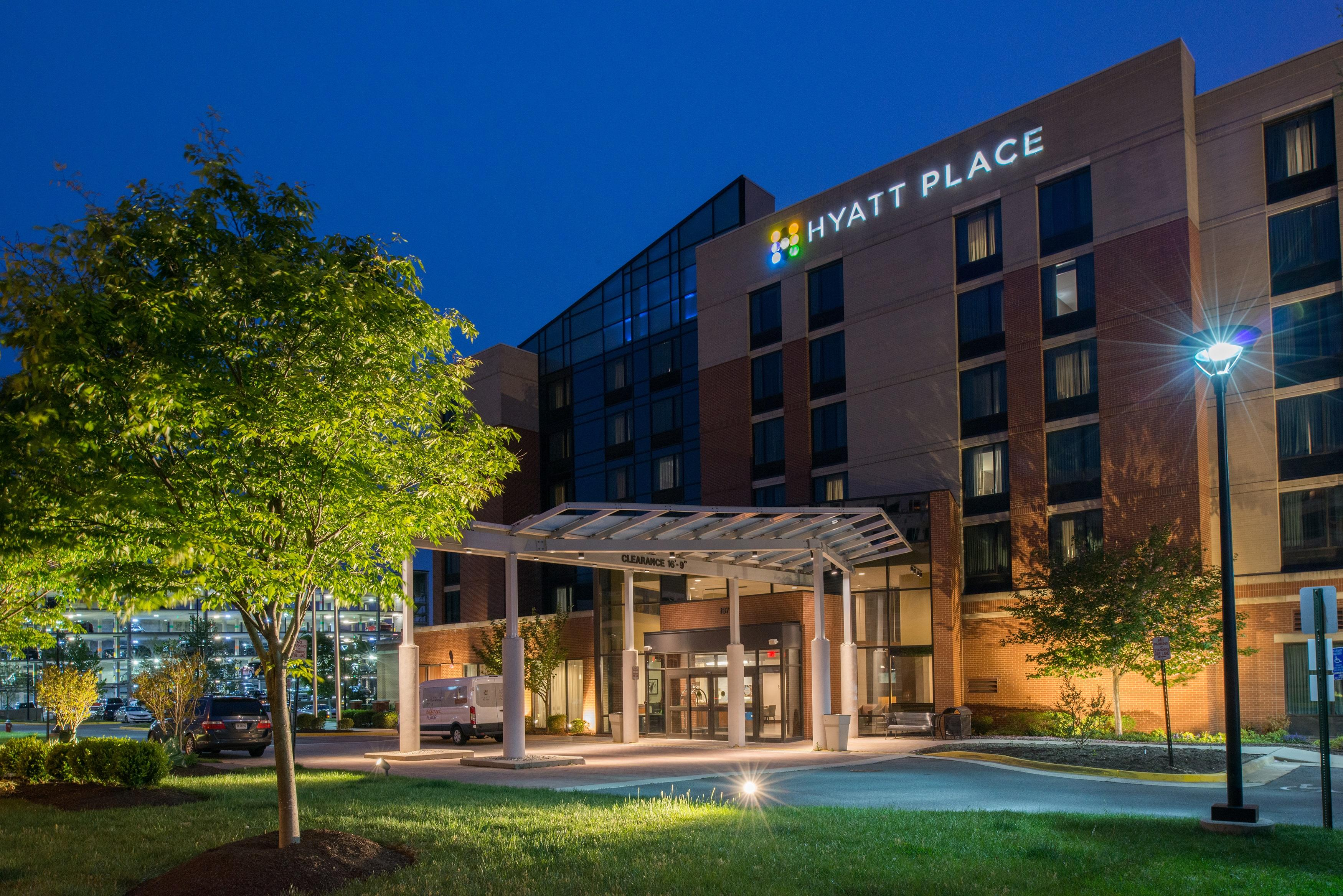 Hotels with Free Airport Shuttle | Residence Inn Dulles