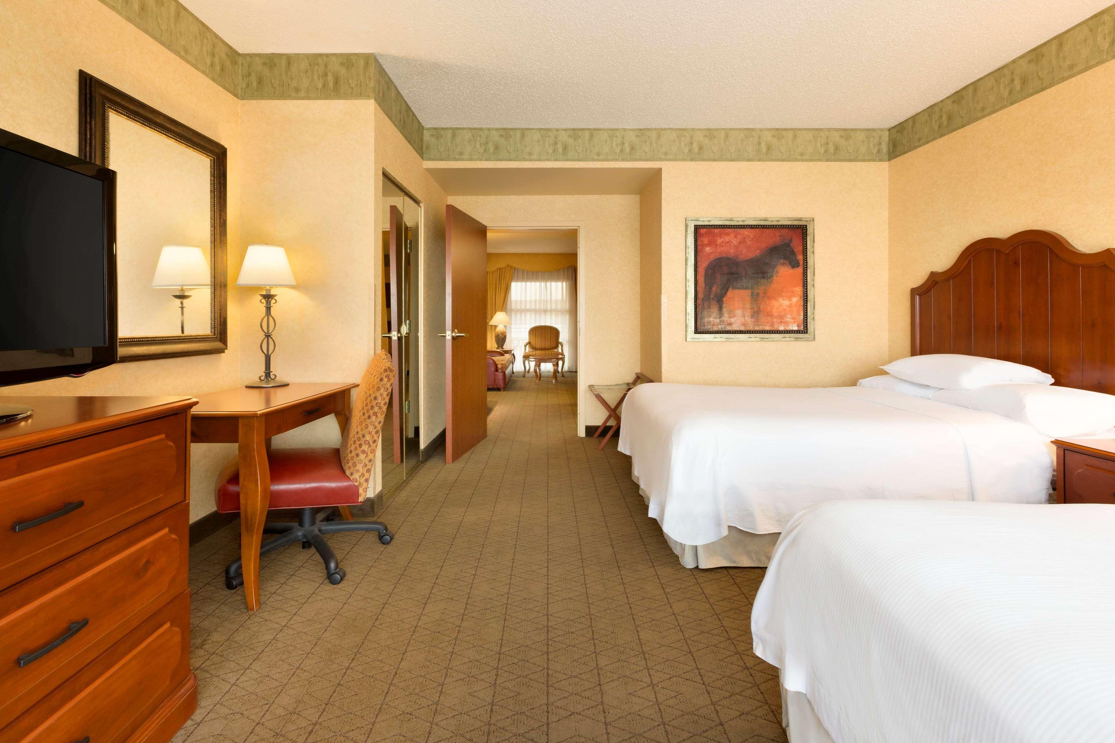 Embassy Suites by Hilton Albuquerque Hotel & Spa image 31