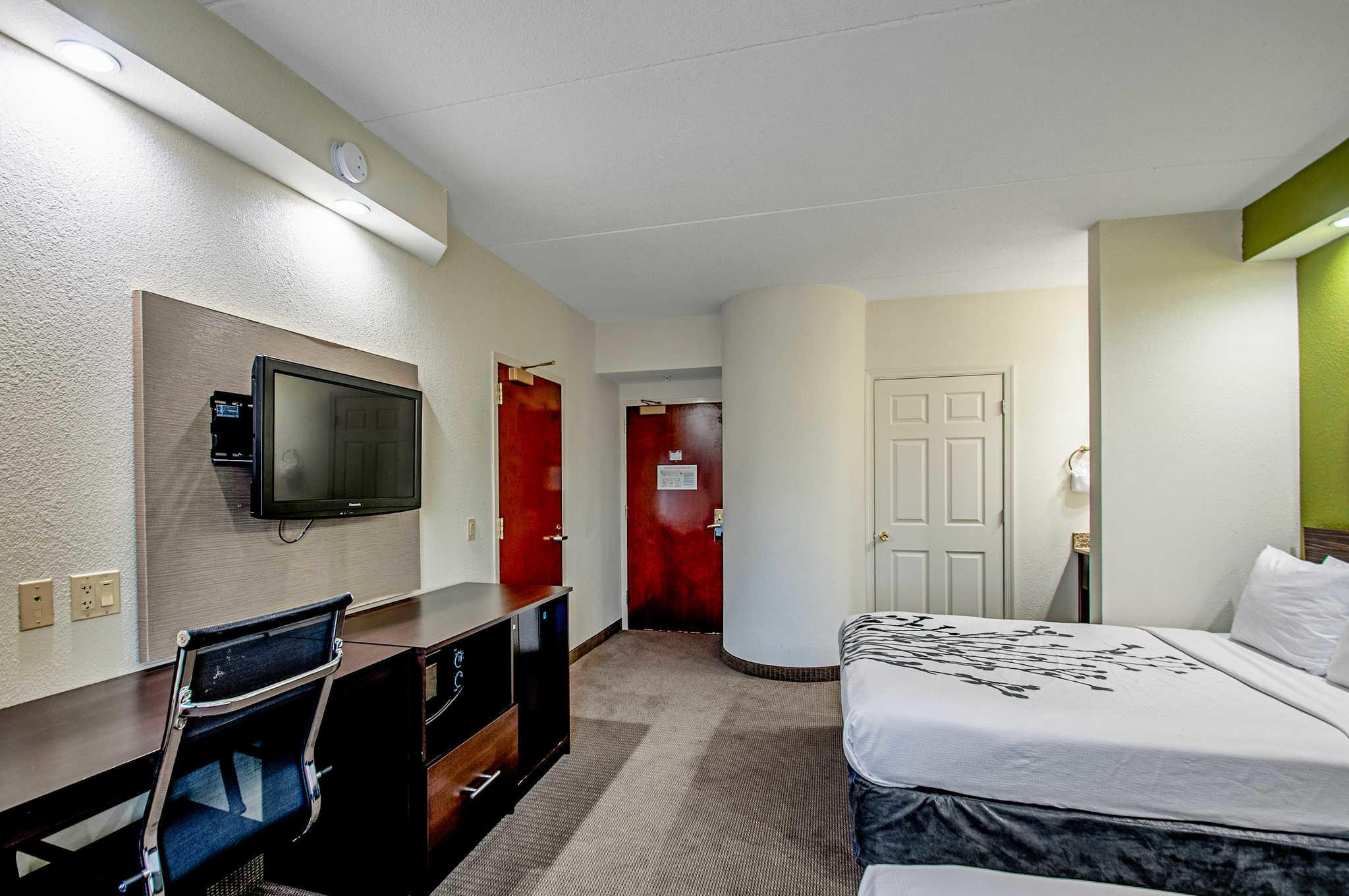 Sleep Inn image 27