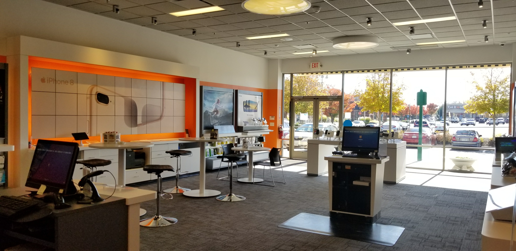 AT&T Store image 3