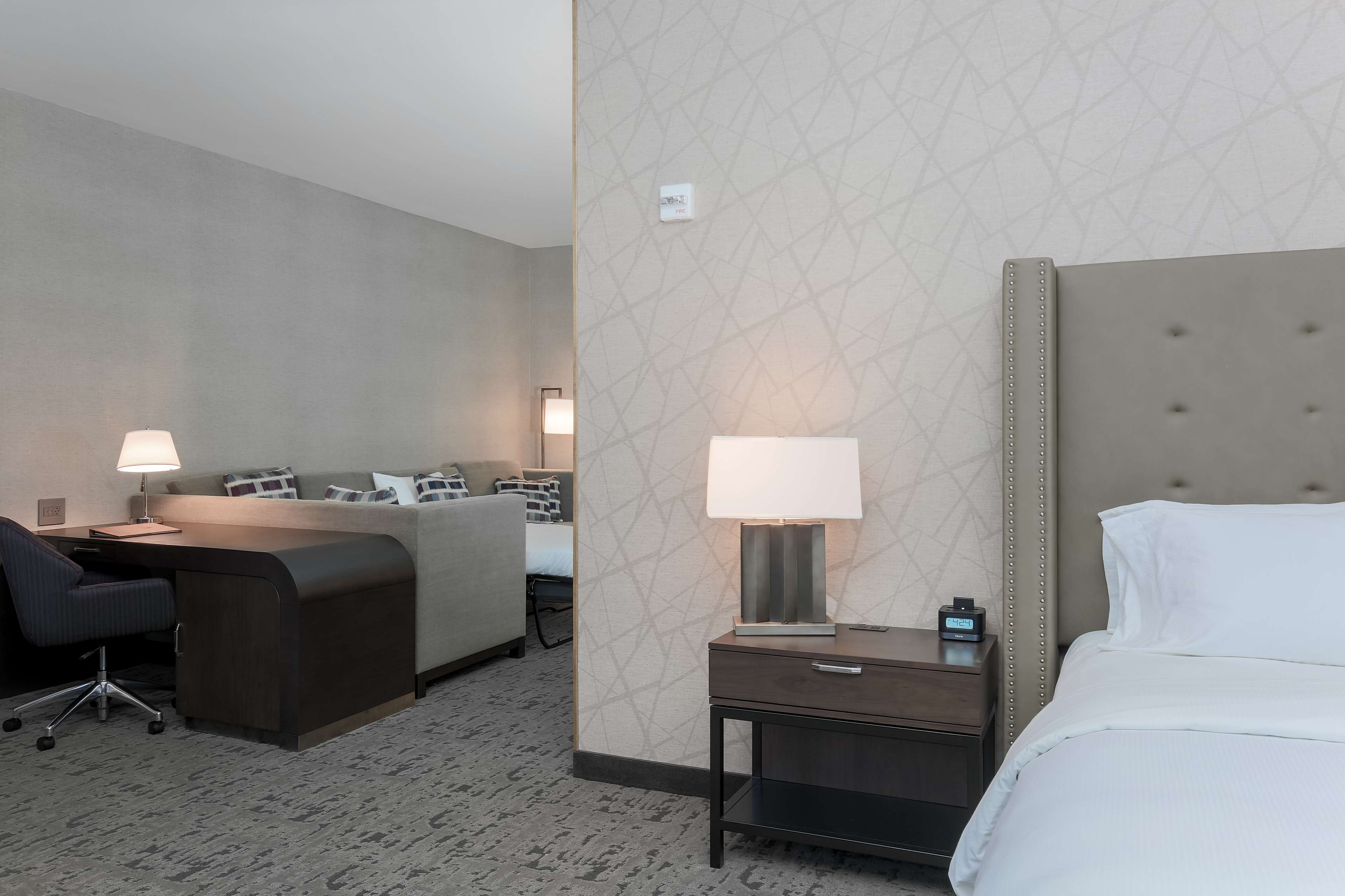 DoubleTree by Hilton Evansville image 48