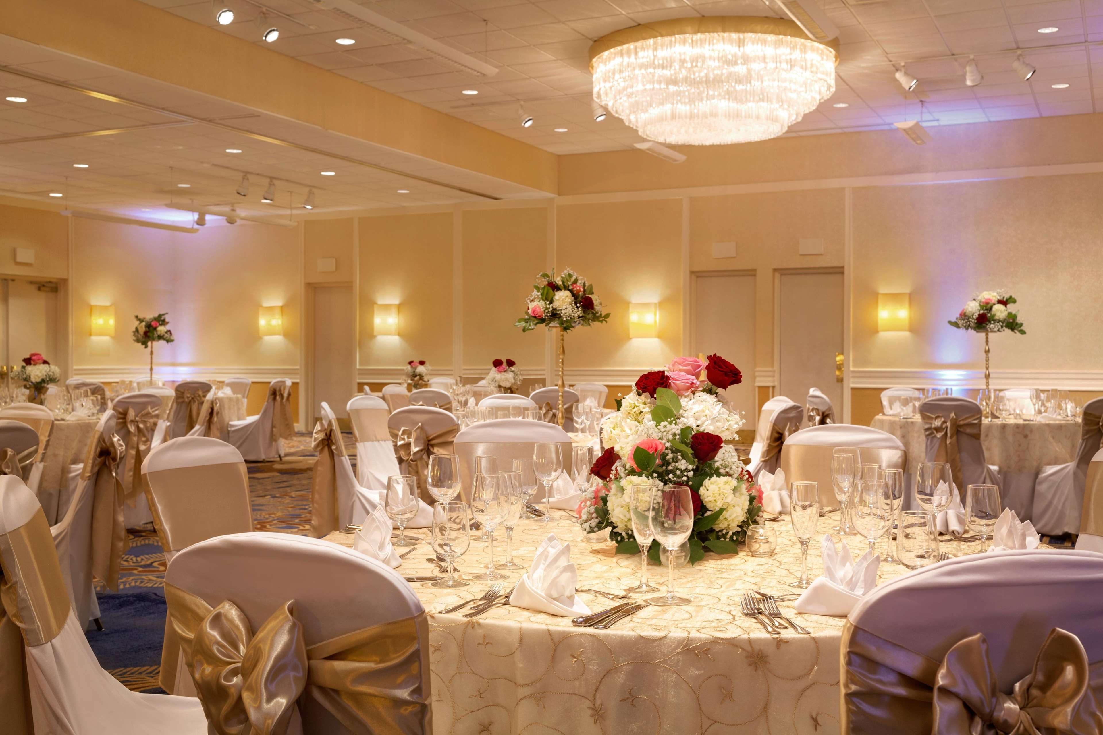 DoubleTree by Hilton Boston - Andover image 9