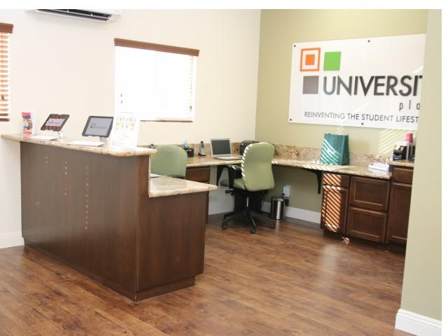 University Place image 6
