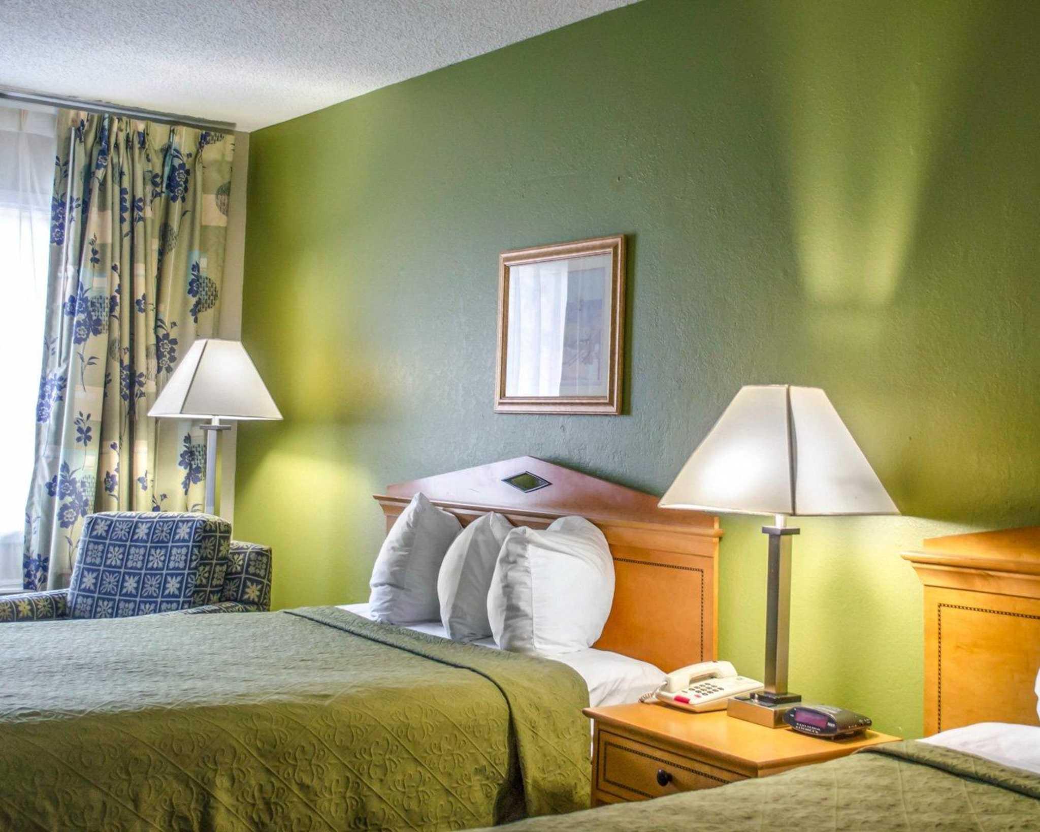 Quality Inn N.A.S.-Corry image 4