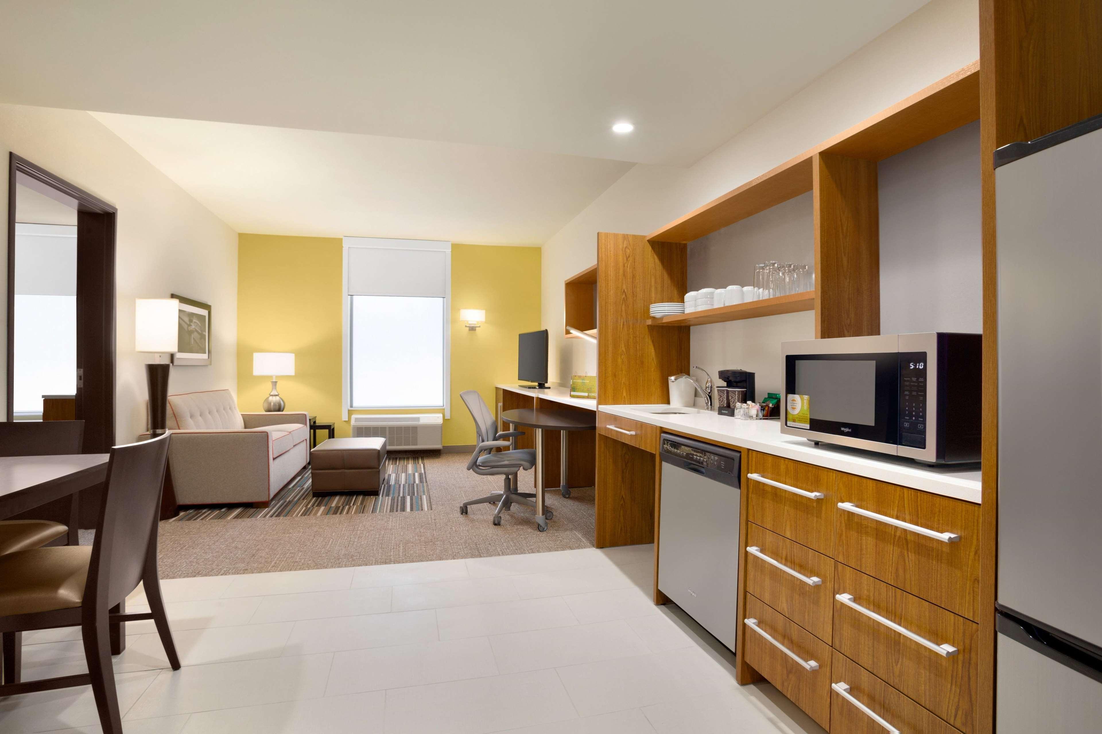 Home2 Suites by Hilton Birmingham Downtown image 20