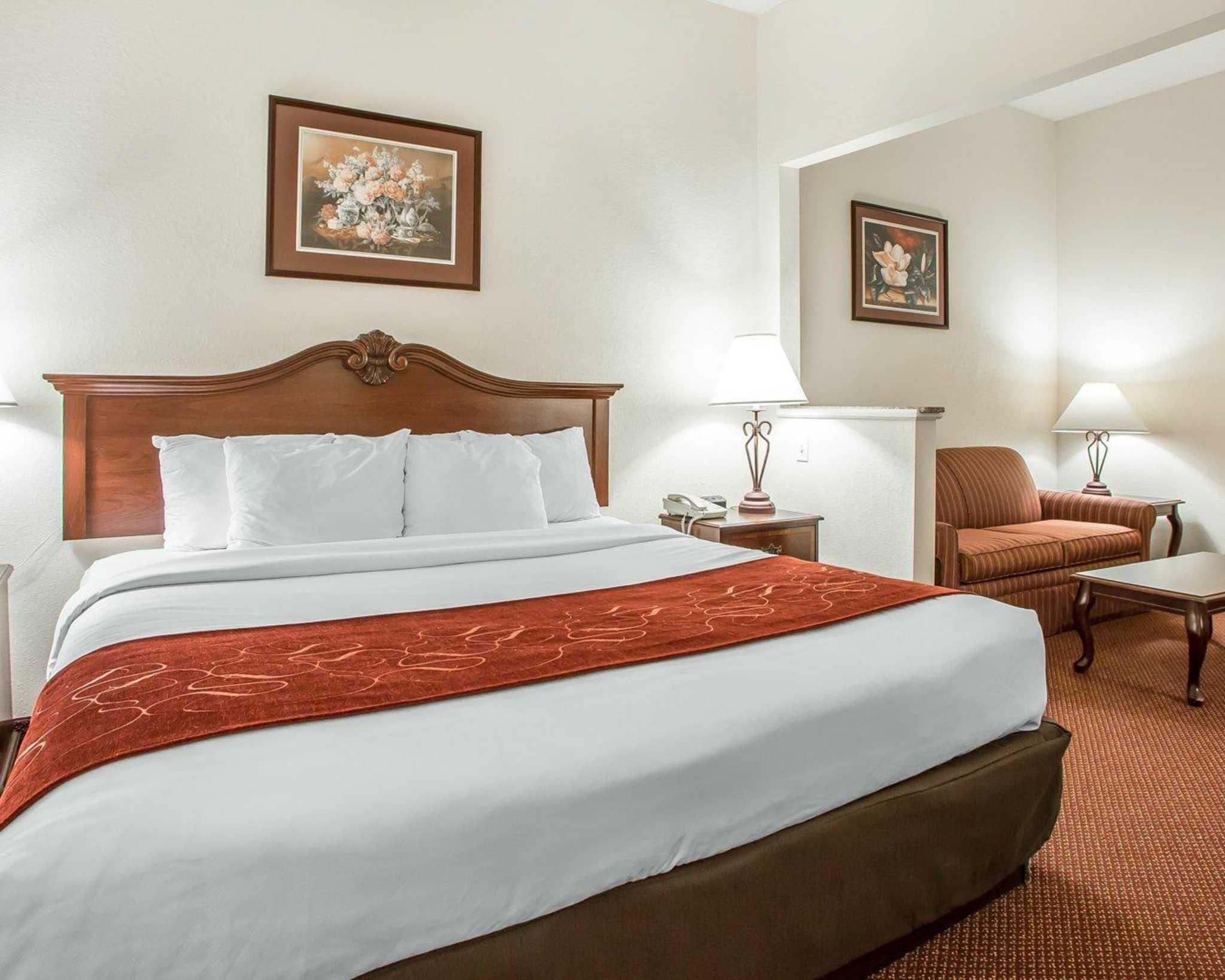 Comfort Suites Jefferson City image 14