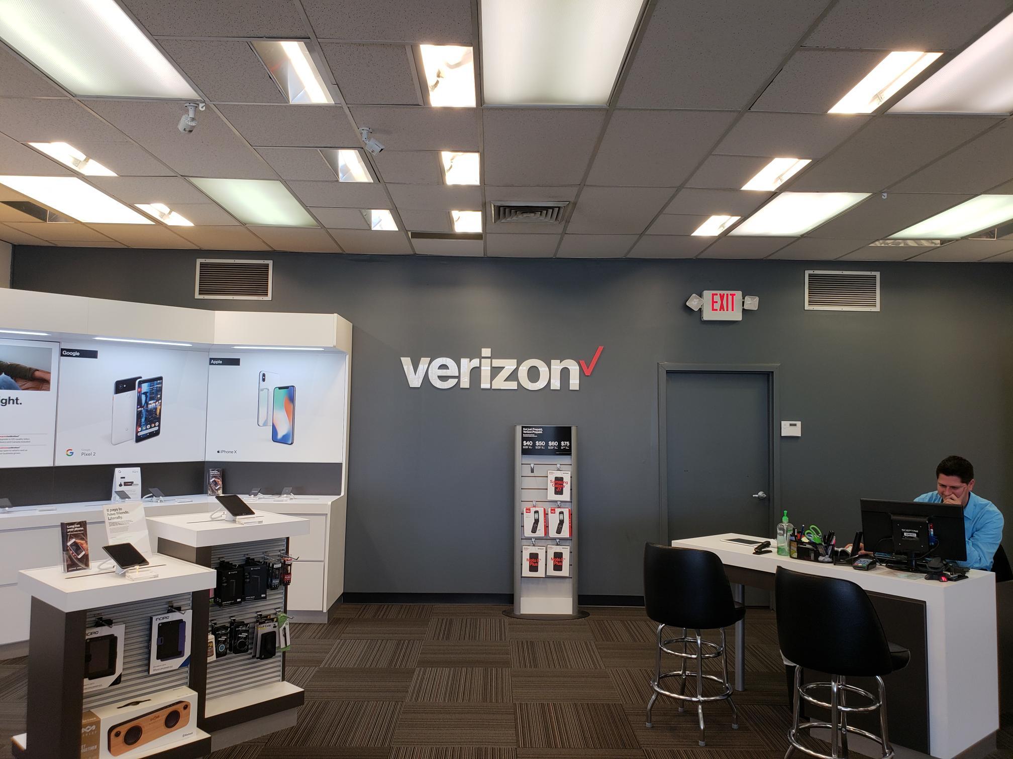 Verizon Authorized Retailer – TCC image 9
