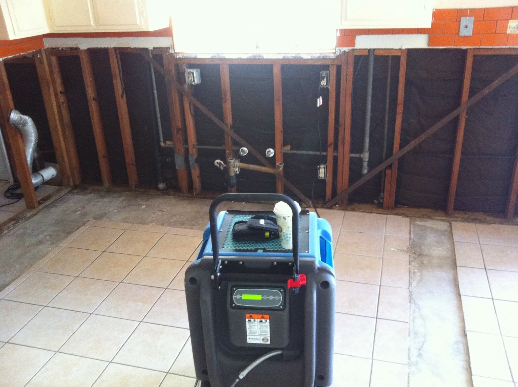 Water Damage Zone and Restoration Inc. image 18