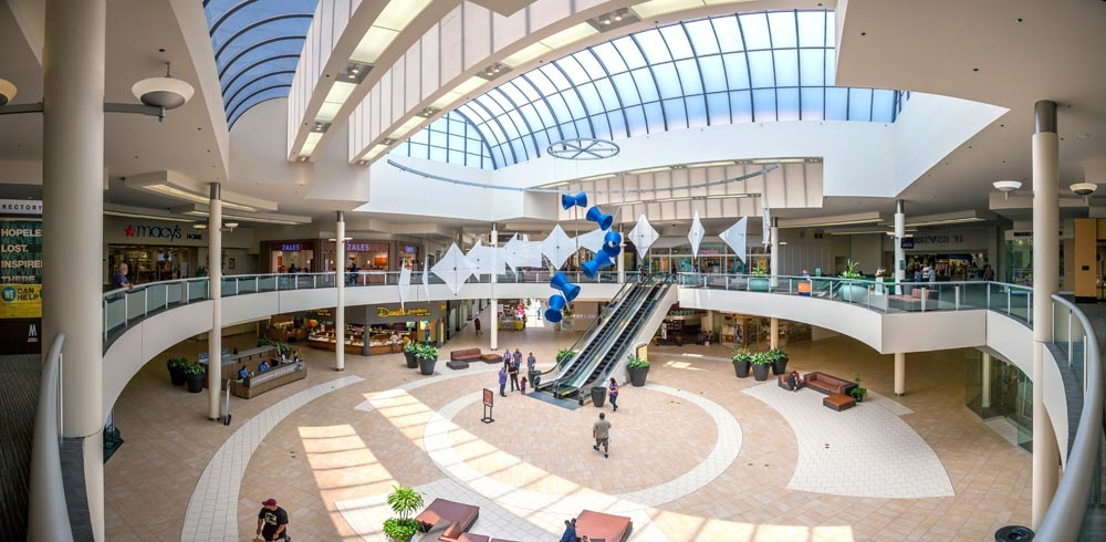 The Shops At Montebello® is a modern indoor super regional shopping center that is conveniently located east of downtown Los Angeles and directly adjacent to the Pomona (60) Freeway. Learn more about The Shops at Montebello, Opens a popup3/5().