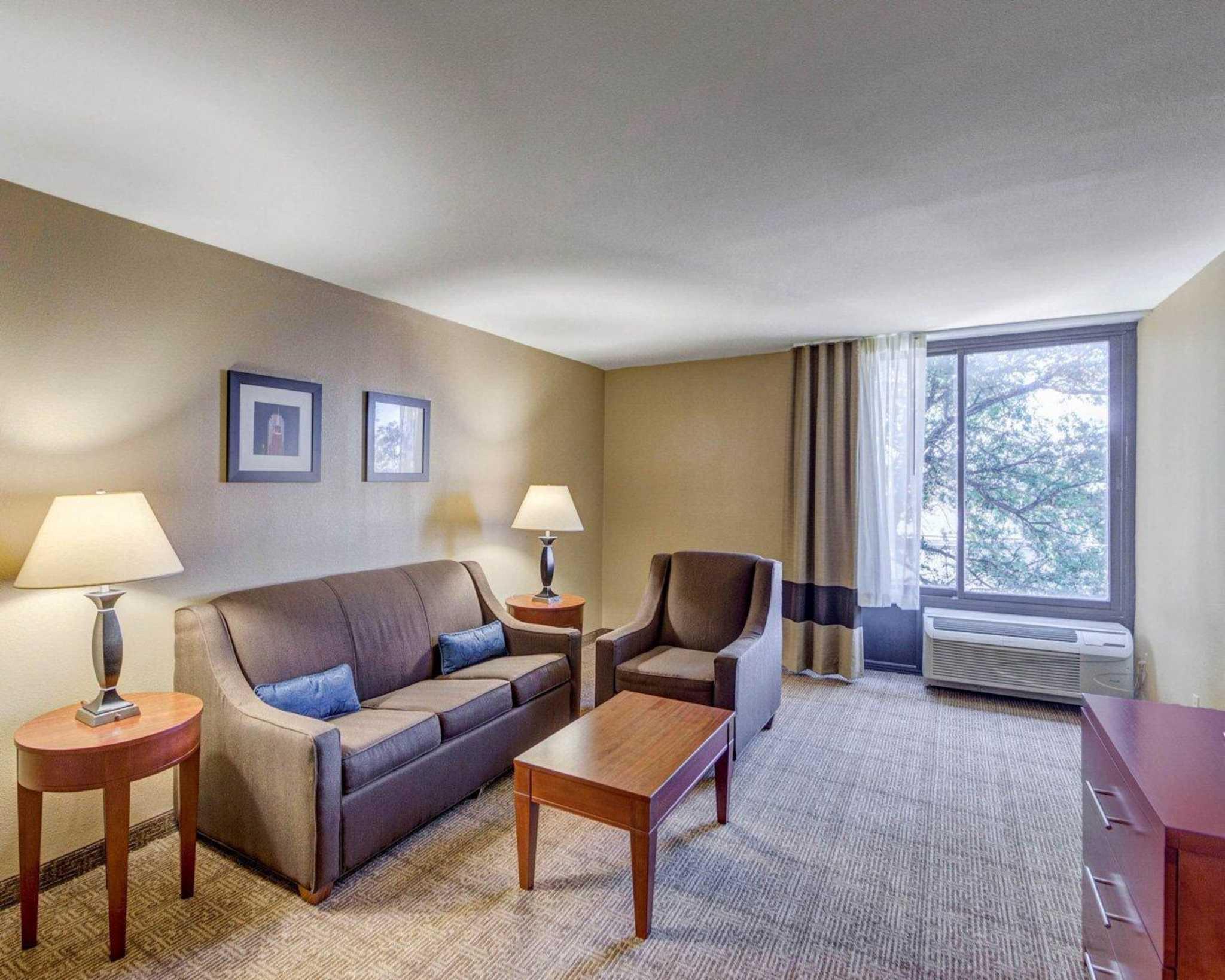 Comfort Inn & Suites Plano East image 46