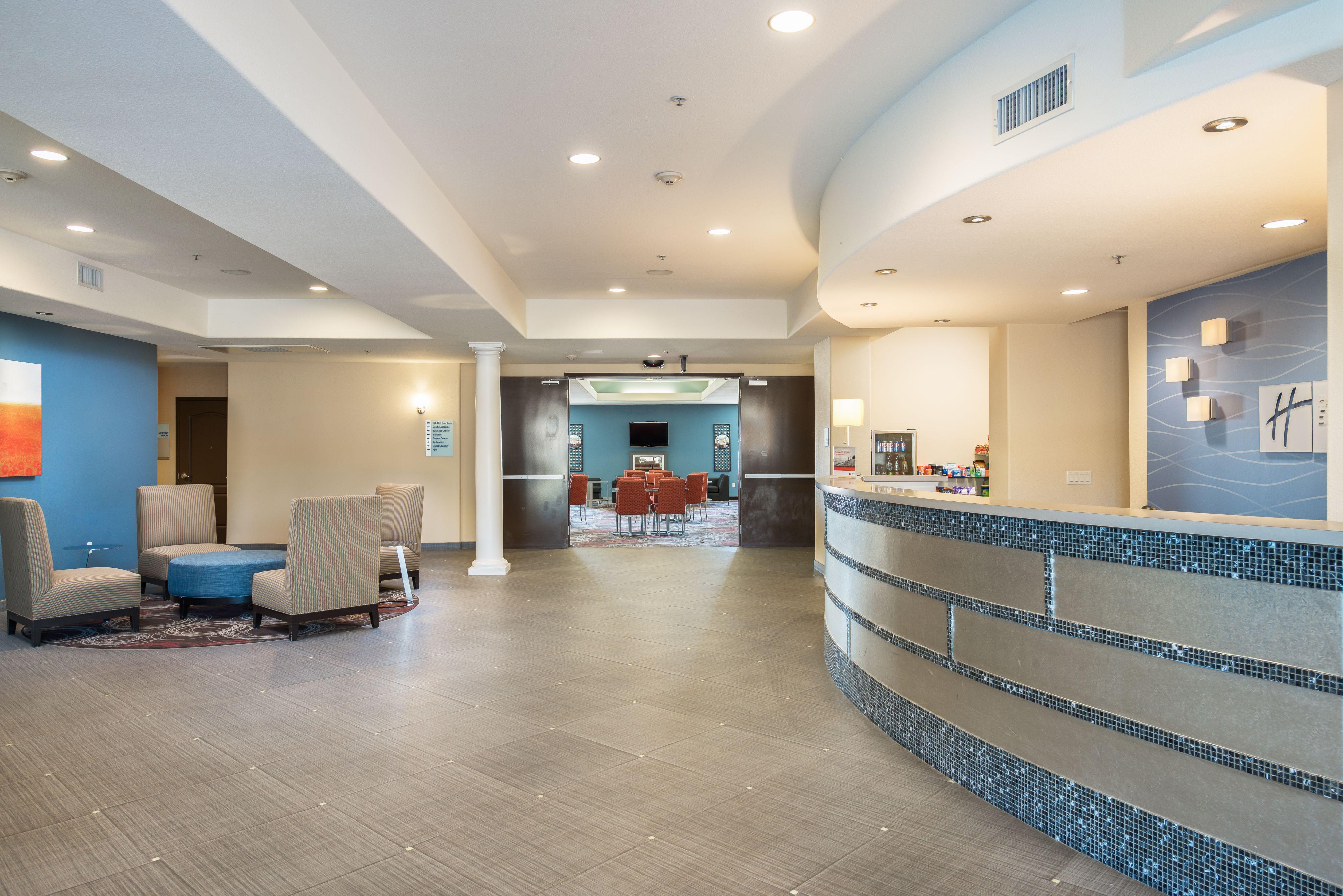 Holiday Inn Express & Suites Chowchilla - Yosemite Pk Area image 4