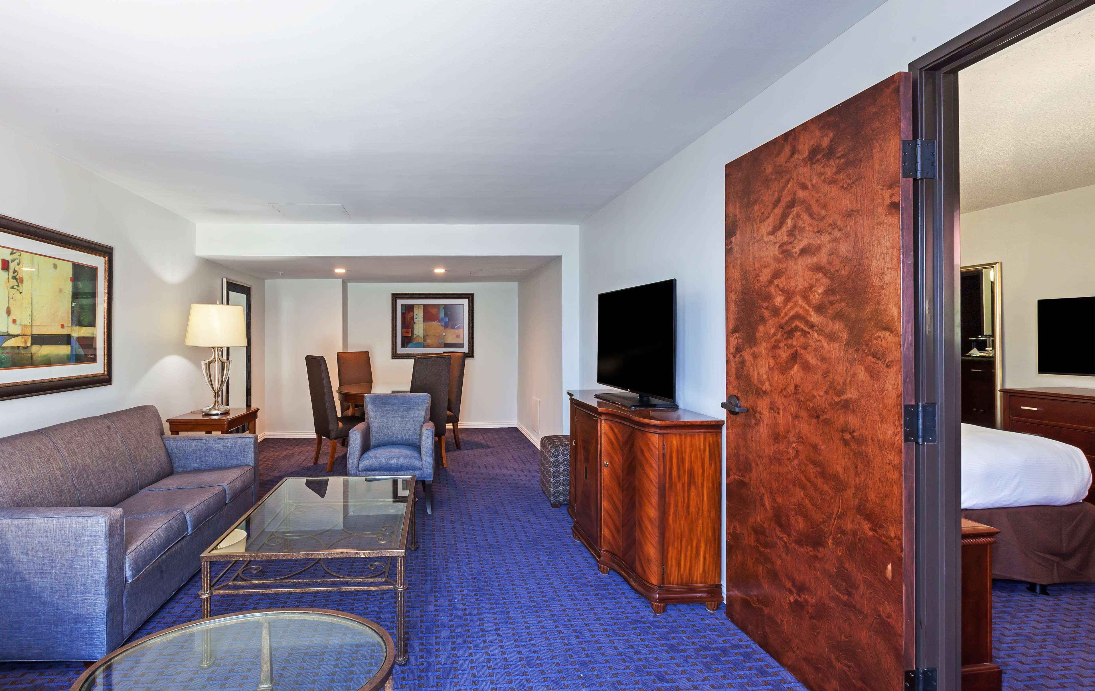 Hilton Waco image 44
