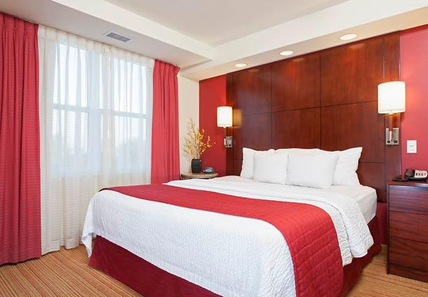 Residence Inn by Marriott Moline Quad Cities image 3