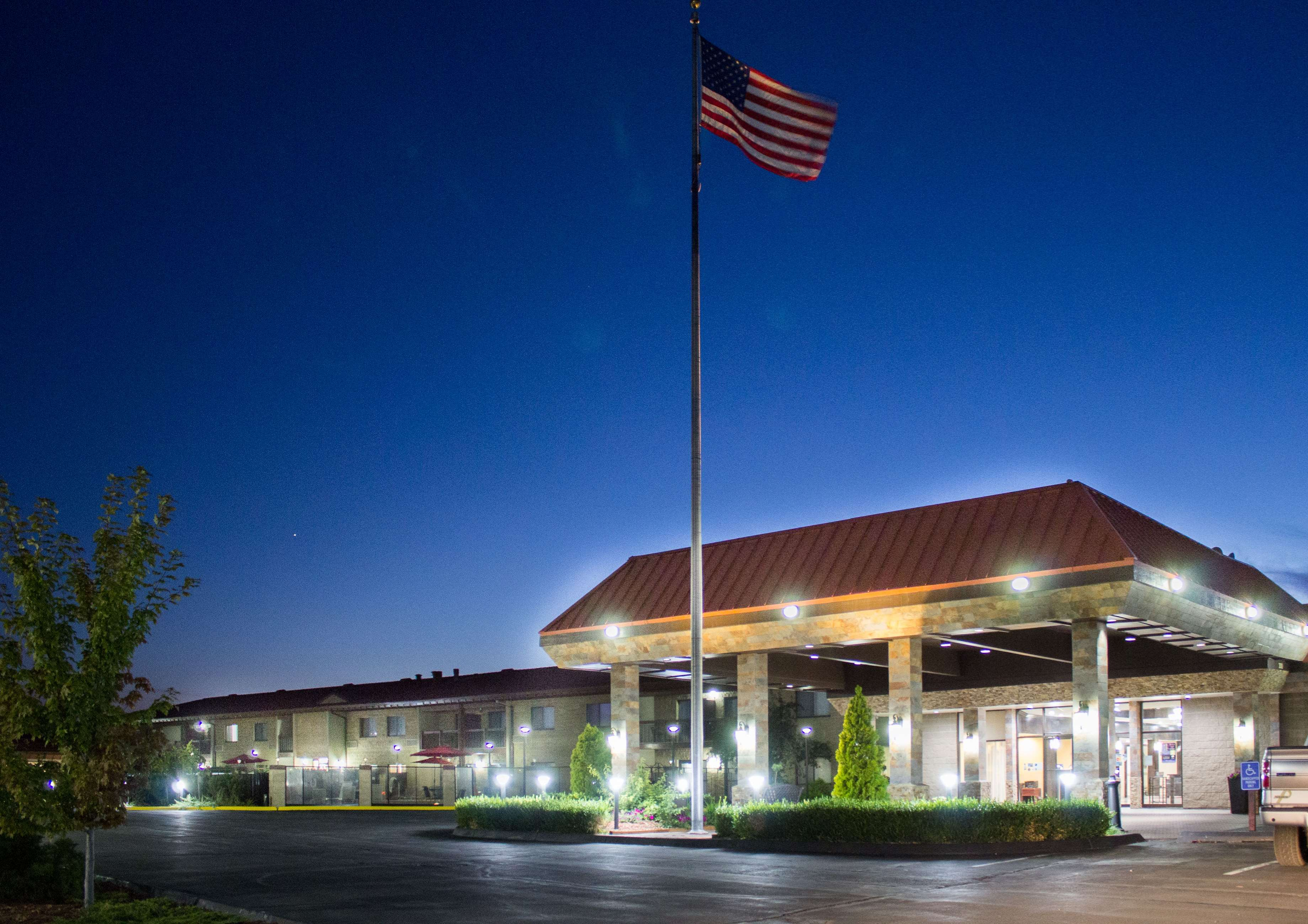best western plus lake front hotel in moses lake wa