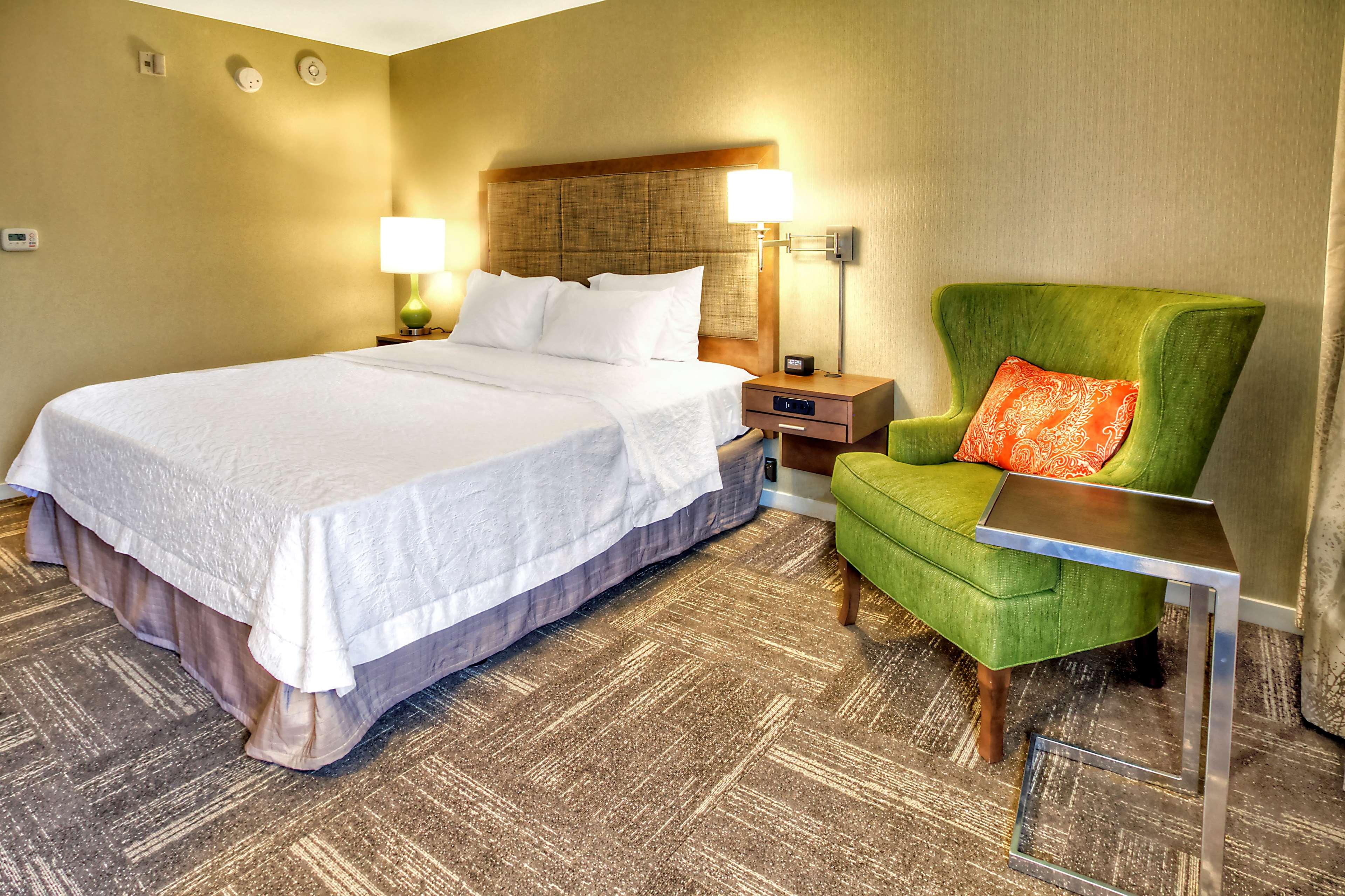 Hampton Inn & Suites Asheville-I-26 image 29
