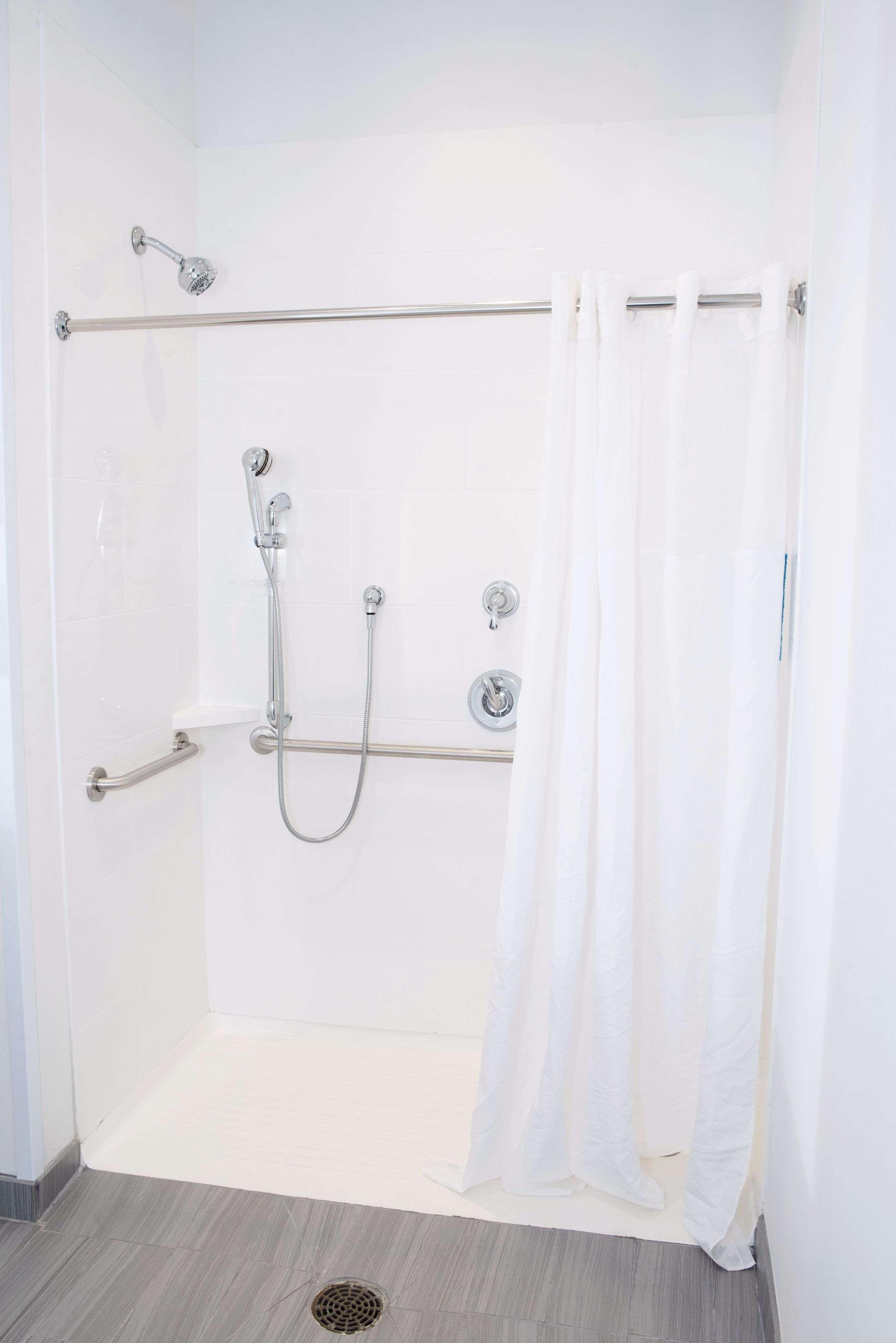 Hampton Inn & Suites Des Moines/Urbandale image 29