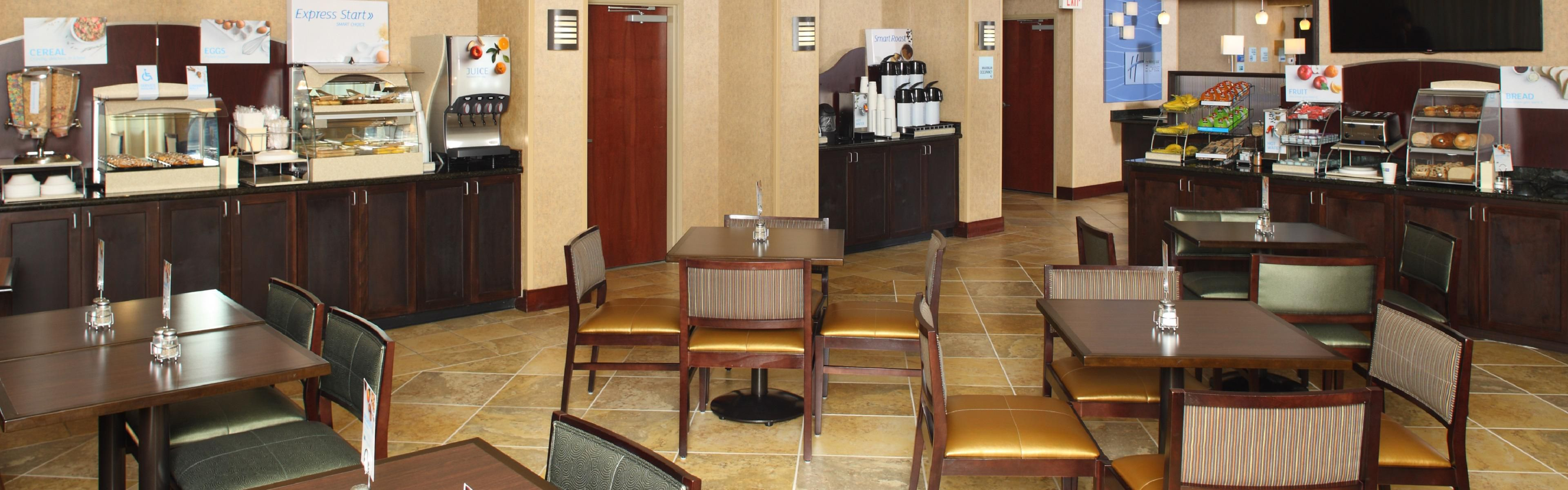 Holiday Inn Express & Suites Mobile West - I-65 image 3