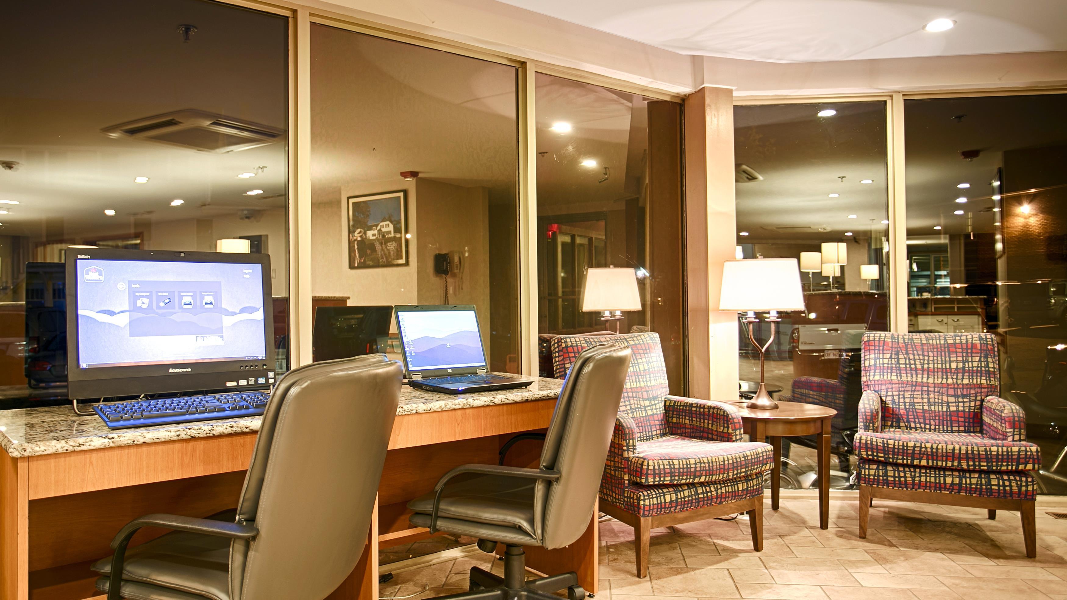 Charlottetown Inn & Conference Centre in Charlottetown: Business Center