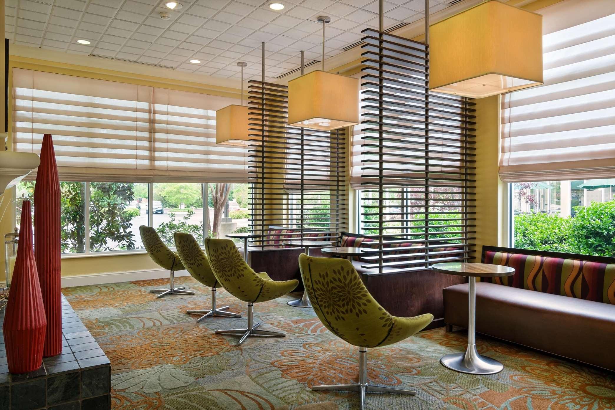 Hilton Garden Inn Newport News image 8