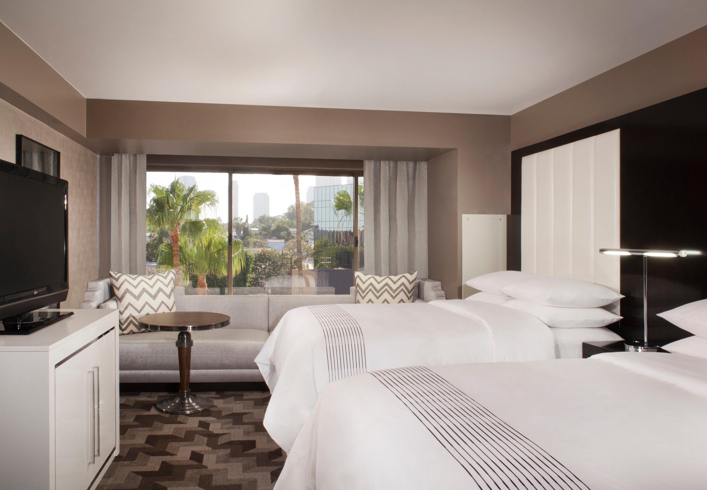 Beverly Hills Marriott image 13