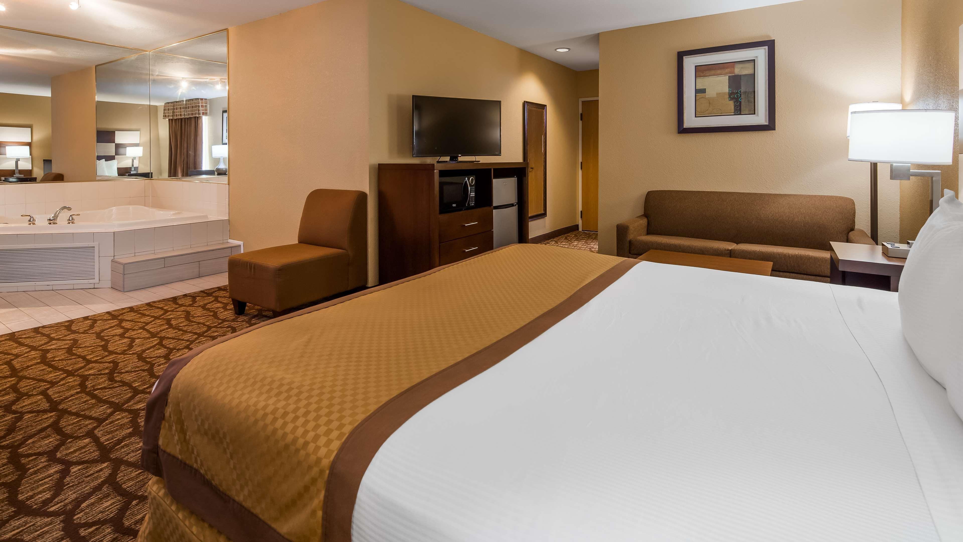 Best Western Joliet Inn & Suites image 13