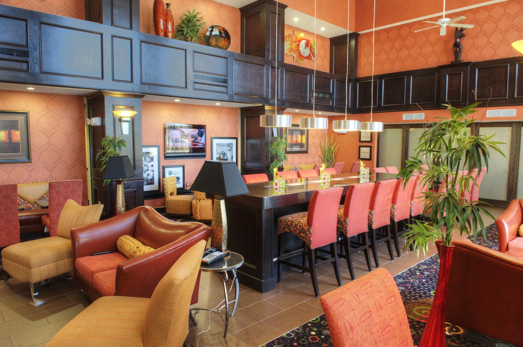 Hampton Inn & Suites Dallas/Lewisville-Vista Ridge Mall, TX image 8