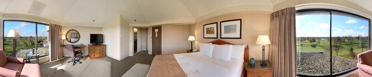 Hilton Chicago Indian Lakes image 6