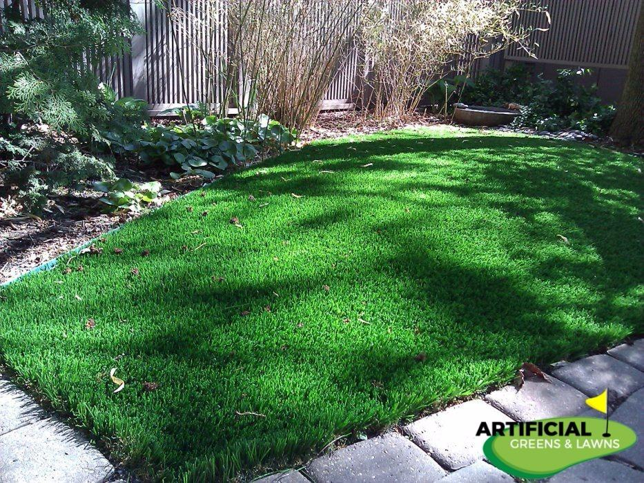 Artificial Greens & Lawns image 4