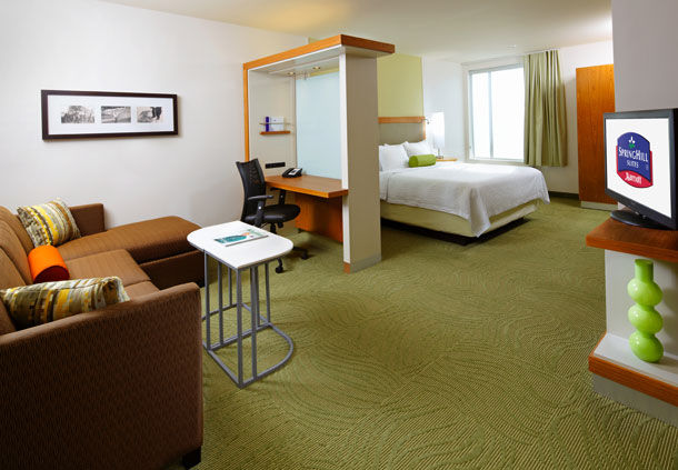 SpringHill Suites by Marriott Pittsburgh Latrobe image 7