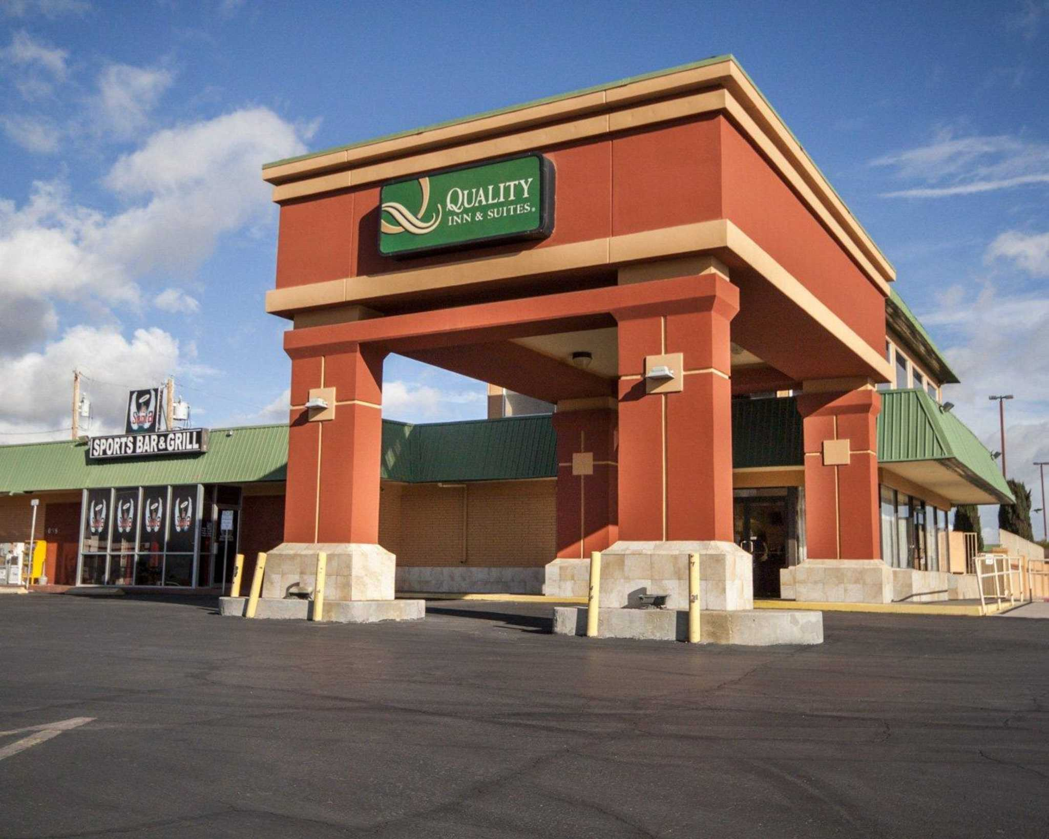 Quality Inn & Suites Airport image 1
