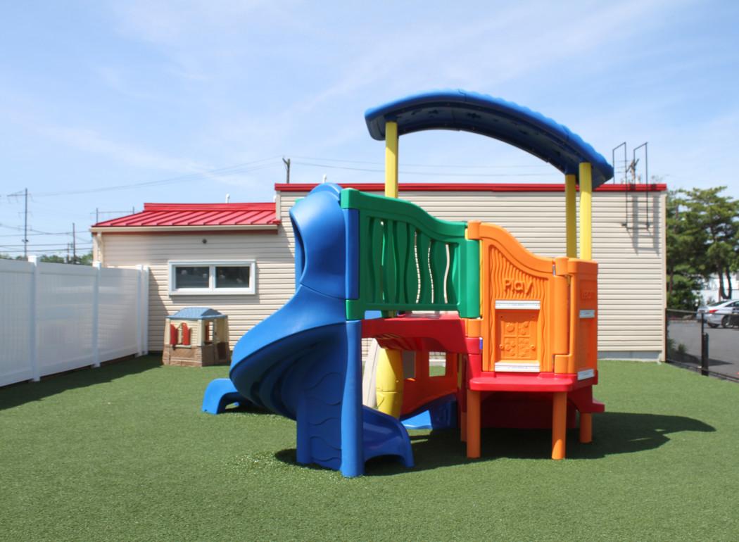 Apple Montessori Schools & Camps - Metuchen image 2