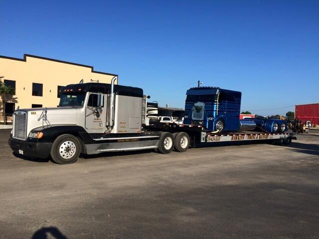 Hawkins Towing & Recovery image 1