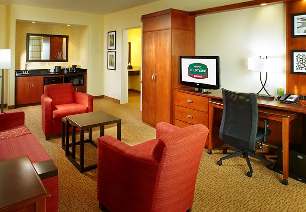 Courtyard by Marriott Pittsburgh Washington/Meadow Lands image 4